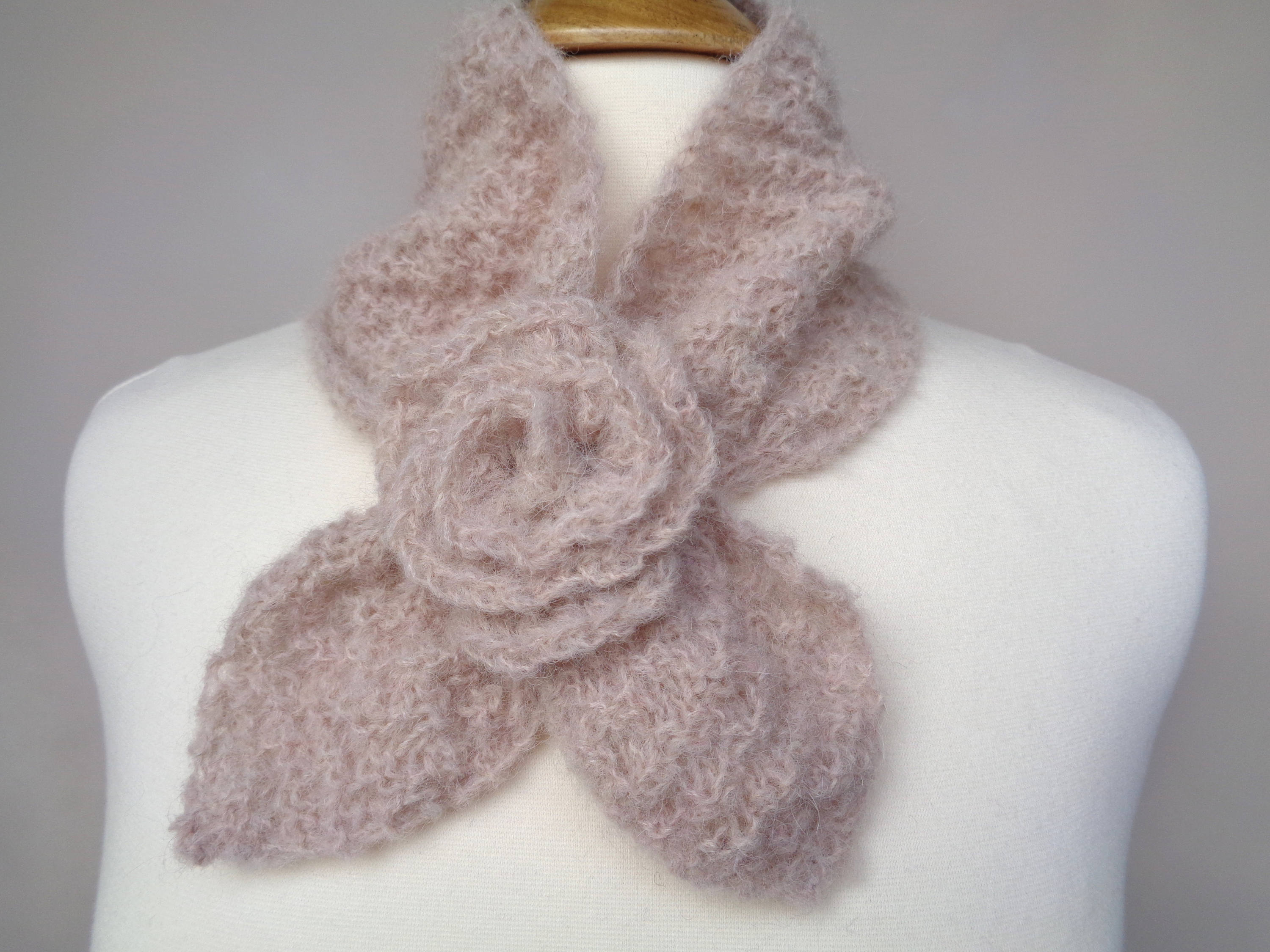 Ascot Scarf Knitting Pattern Ascot Scarf With Rose Flower Ba Alpaca Light Brown Pull Through Keyhol