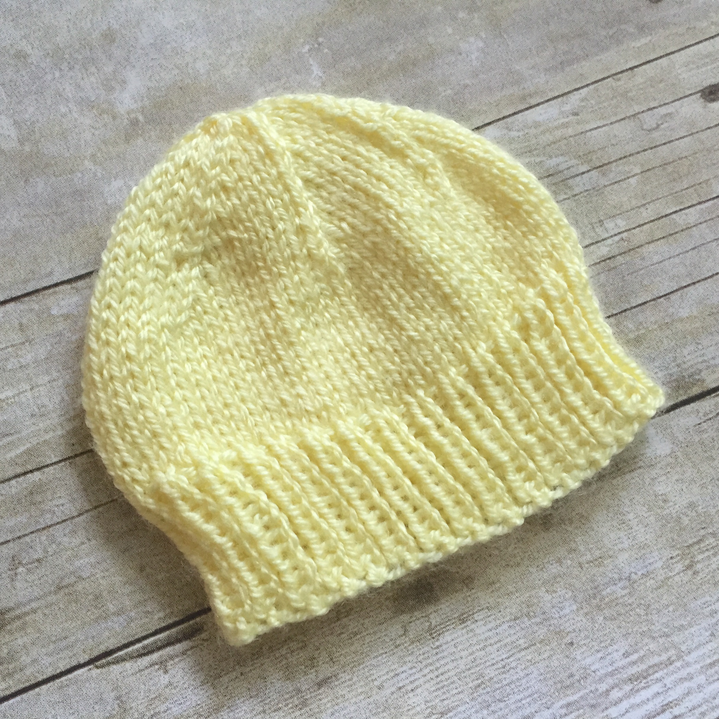 Baby Beanie Hat Knitting Pattern Newborn Ba Hat To Knit Free Knitting Pattern Swanjay