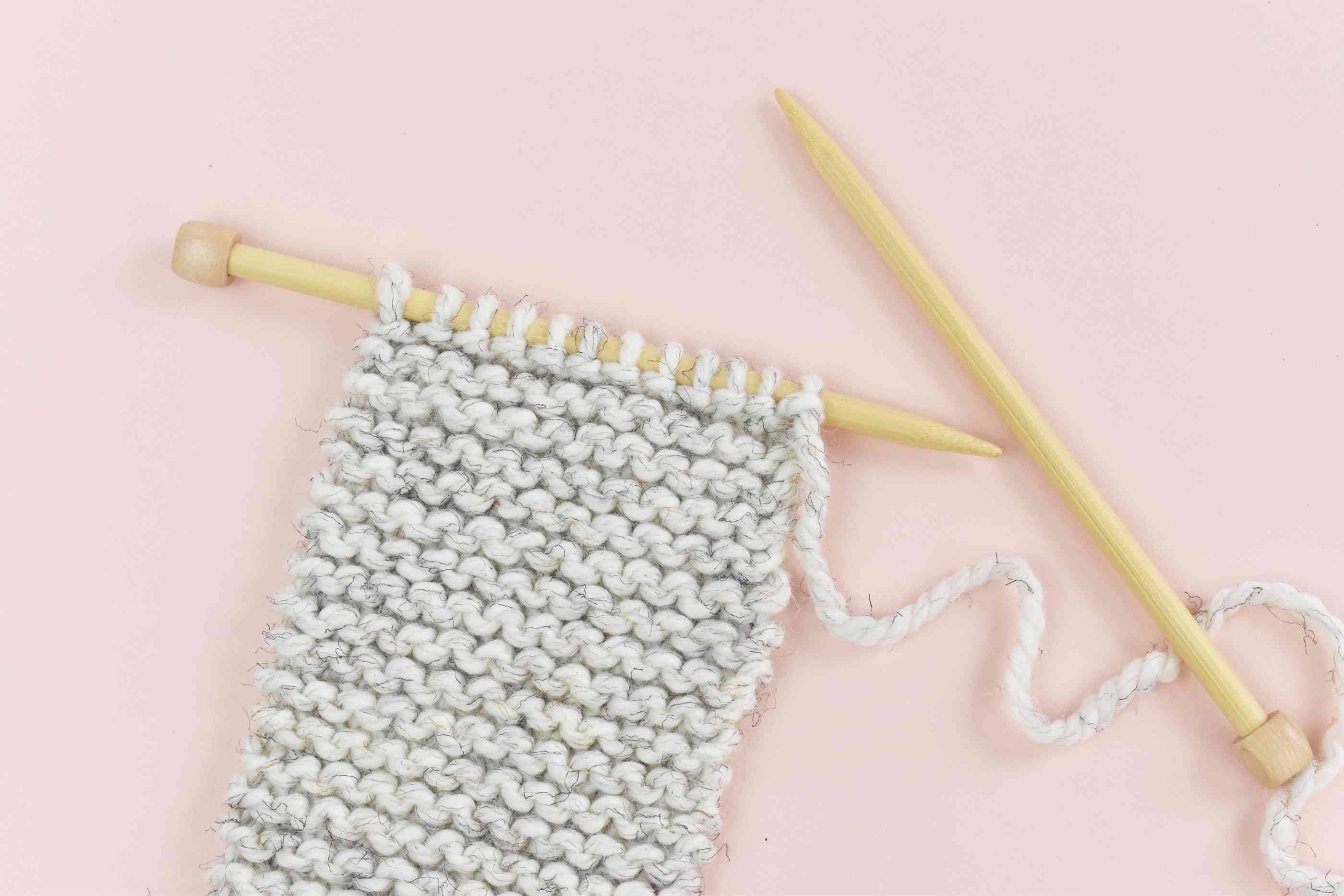 Basic Knitting Scarf Patterns How To Knit A Scarf For Beginners