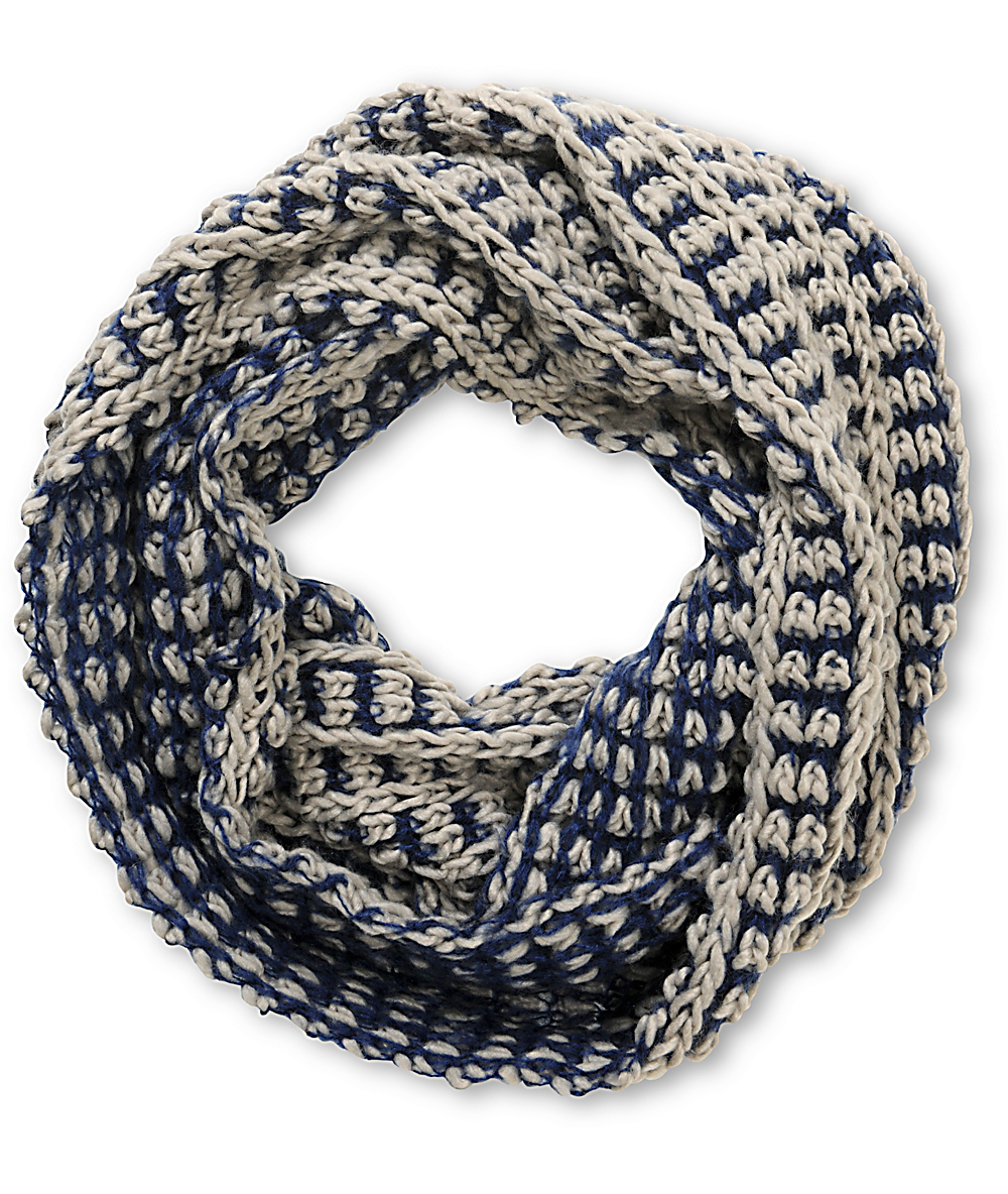 Chunky Knit Infinity Scarf Pattern Dy Blue Two Tone Chunky Knit Infinity Scarf