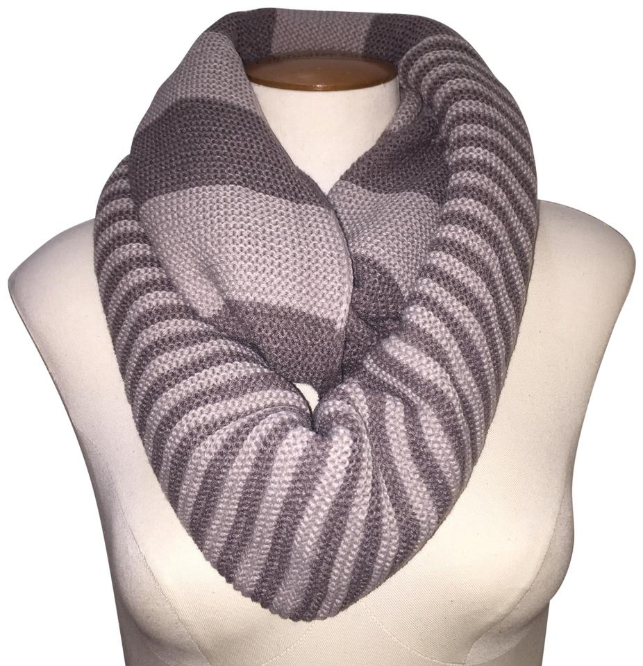Chunky Knit Infinity Scarf Pattern Taupe Gray Chunky Two Tone Colorblock Knit Infinity Taupegray Scarfwrap 48 Off Retail