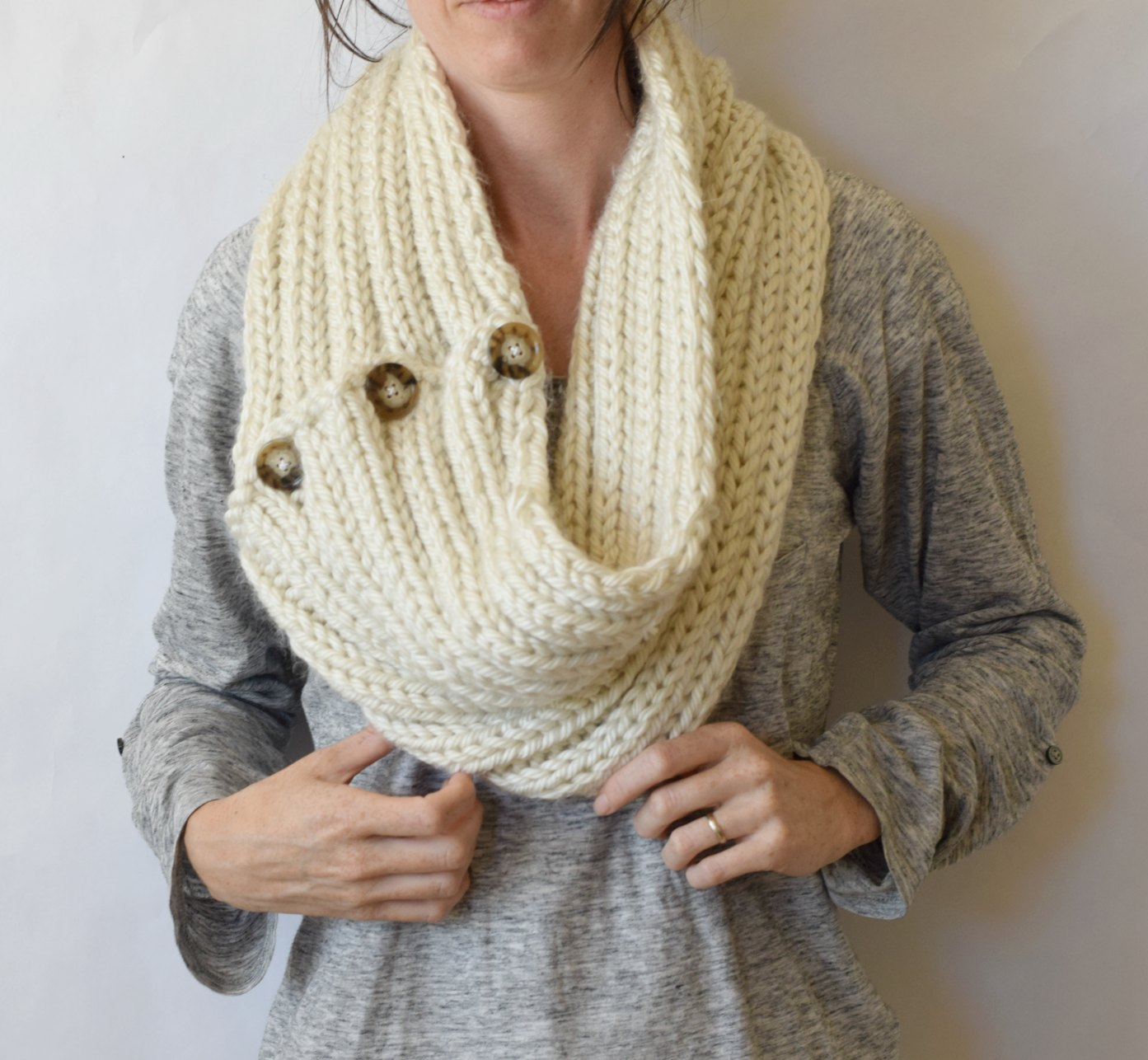 Cowl Knit Patterns Two Ways Giant Knit Ribbed Cowl Pattern Mama In A Stitch