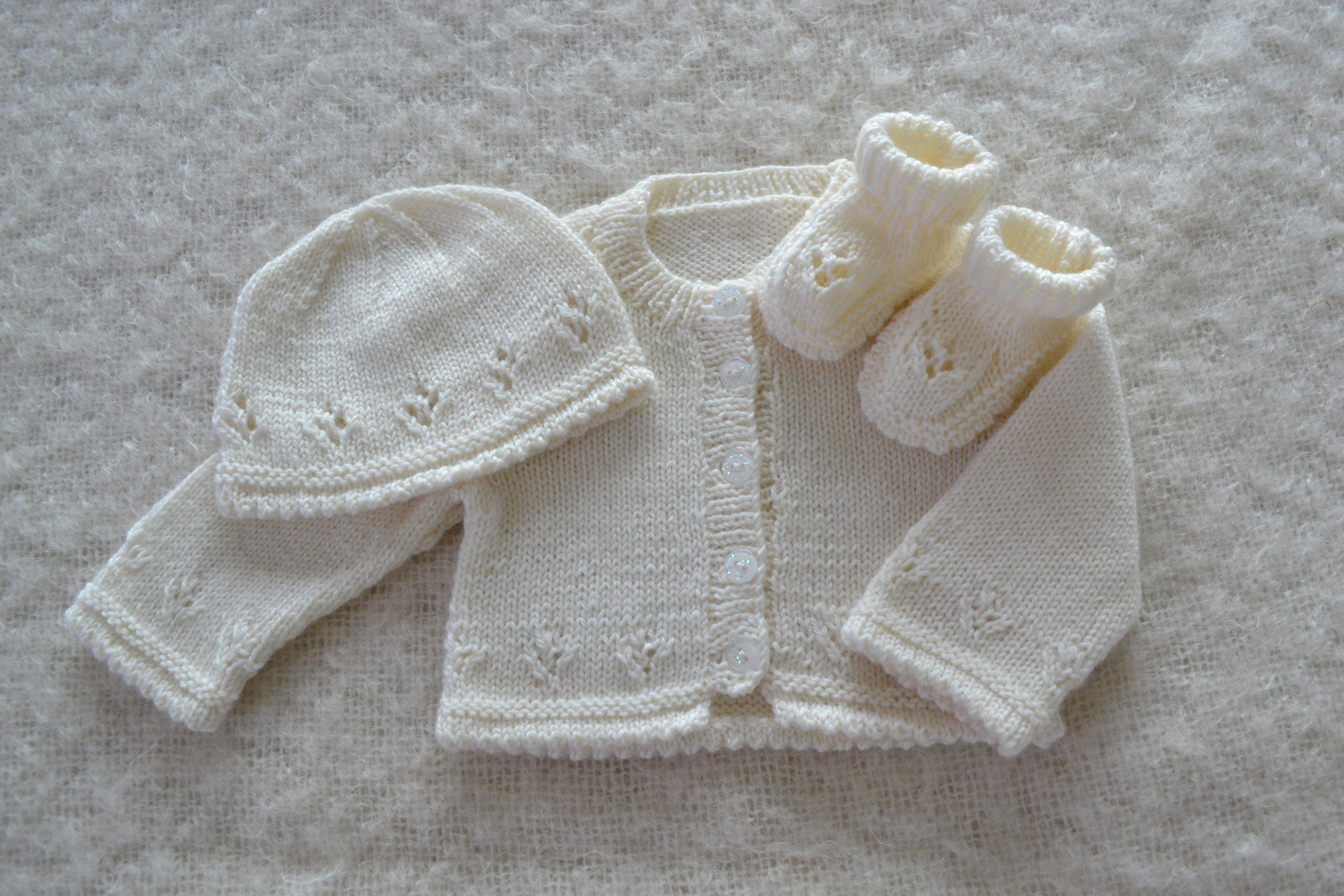 Double Knitting Baby Patterns Knitting Ba Beanies For Beginners Tags Ba Beanie Hat Knitting