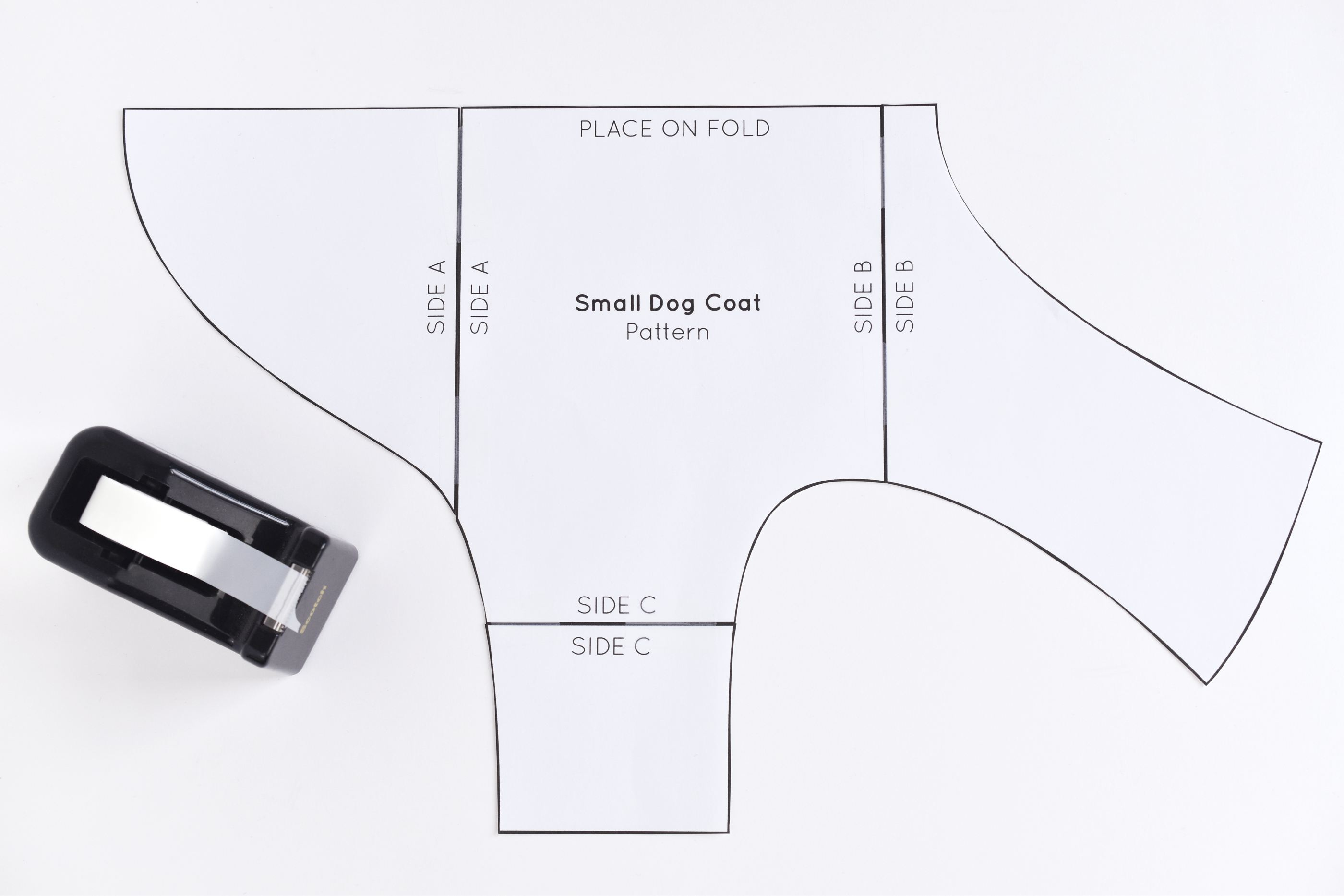 Easy Knitting Pattern For Dog Coat Free Sewing Pattern For A Warm Weatherproof Dog Coat