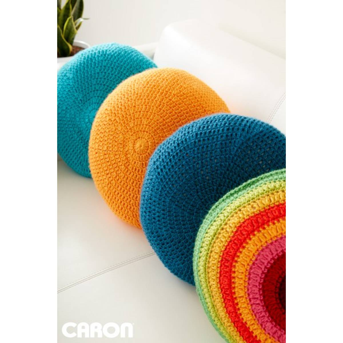 Free Cushion Cover Knitting Pattern Free Pattern Caron Full Circle Cushion Hobcraft