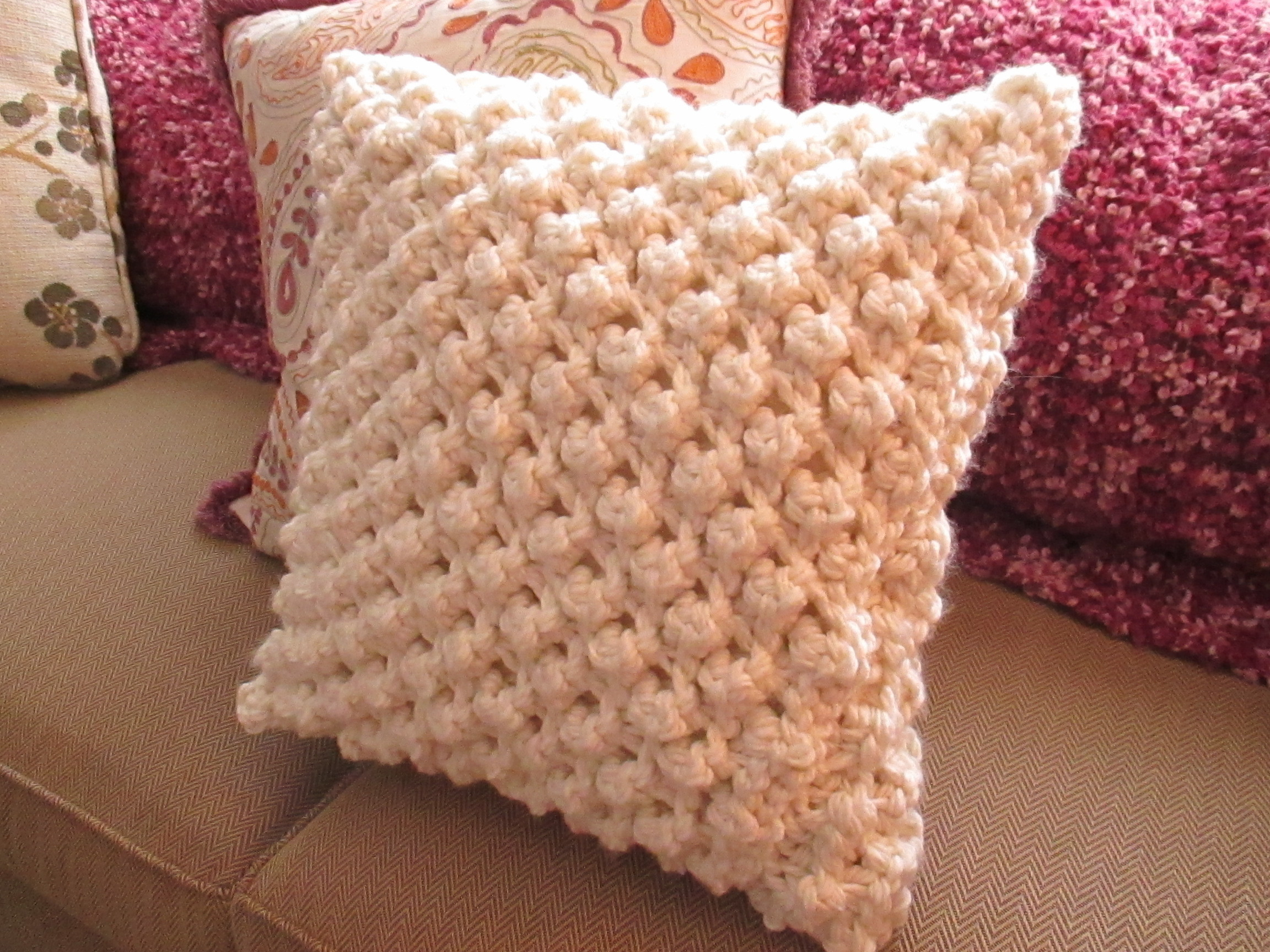 Free Cushion Knitting Patterns Popcorn Knit Pillow Cover How To Stitch A Knit Or Crochet Cushion