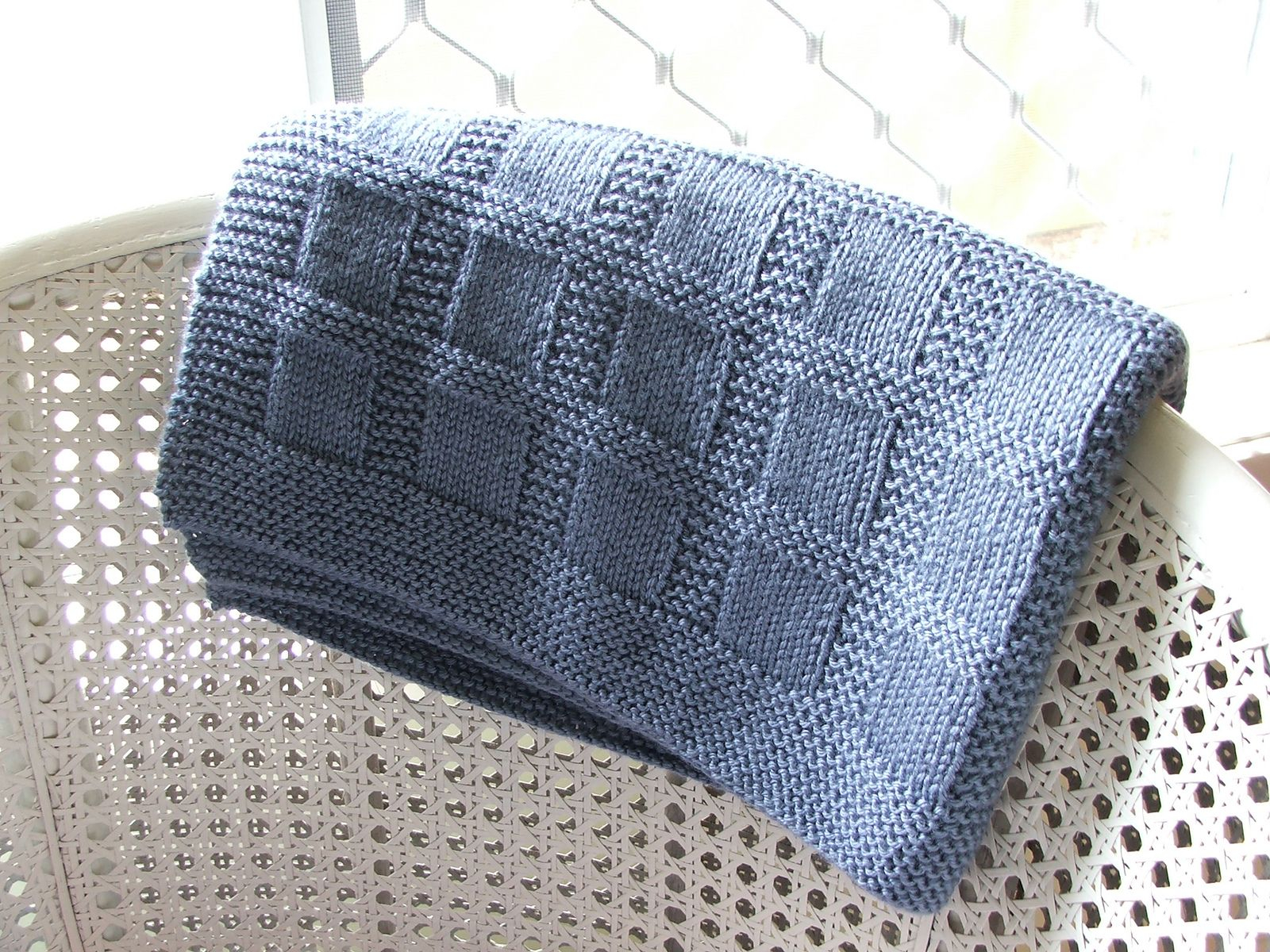 Free Easy Knitting Patterns For Baby Blankets Blankets Threadsnstitches