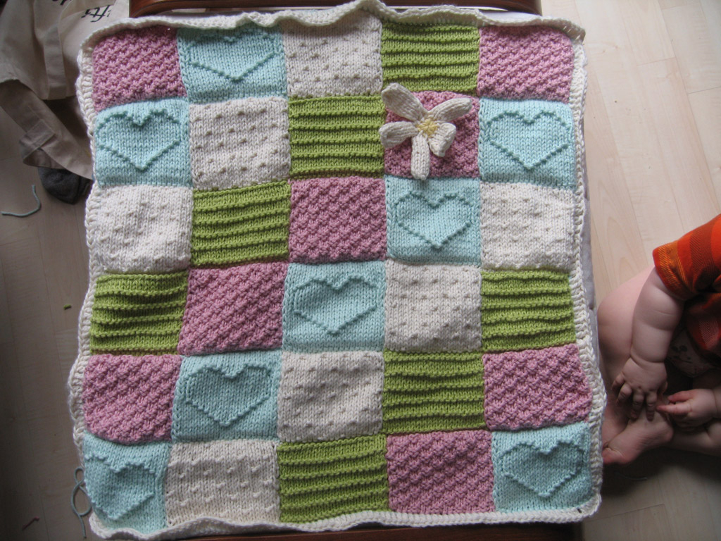 Free Easy Knitting Patterns For Baby Blankets Easily Knitted Blanket For Ba House Photos