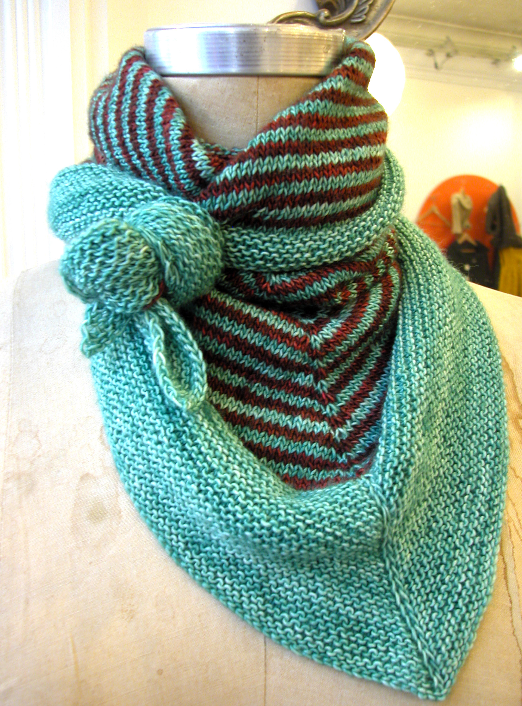 Free Easy Knitting Scarf Patterns For Beginners Triangular Scarf The Knit Cafe