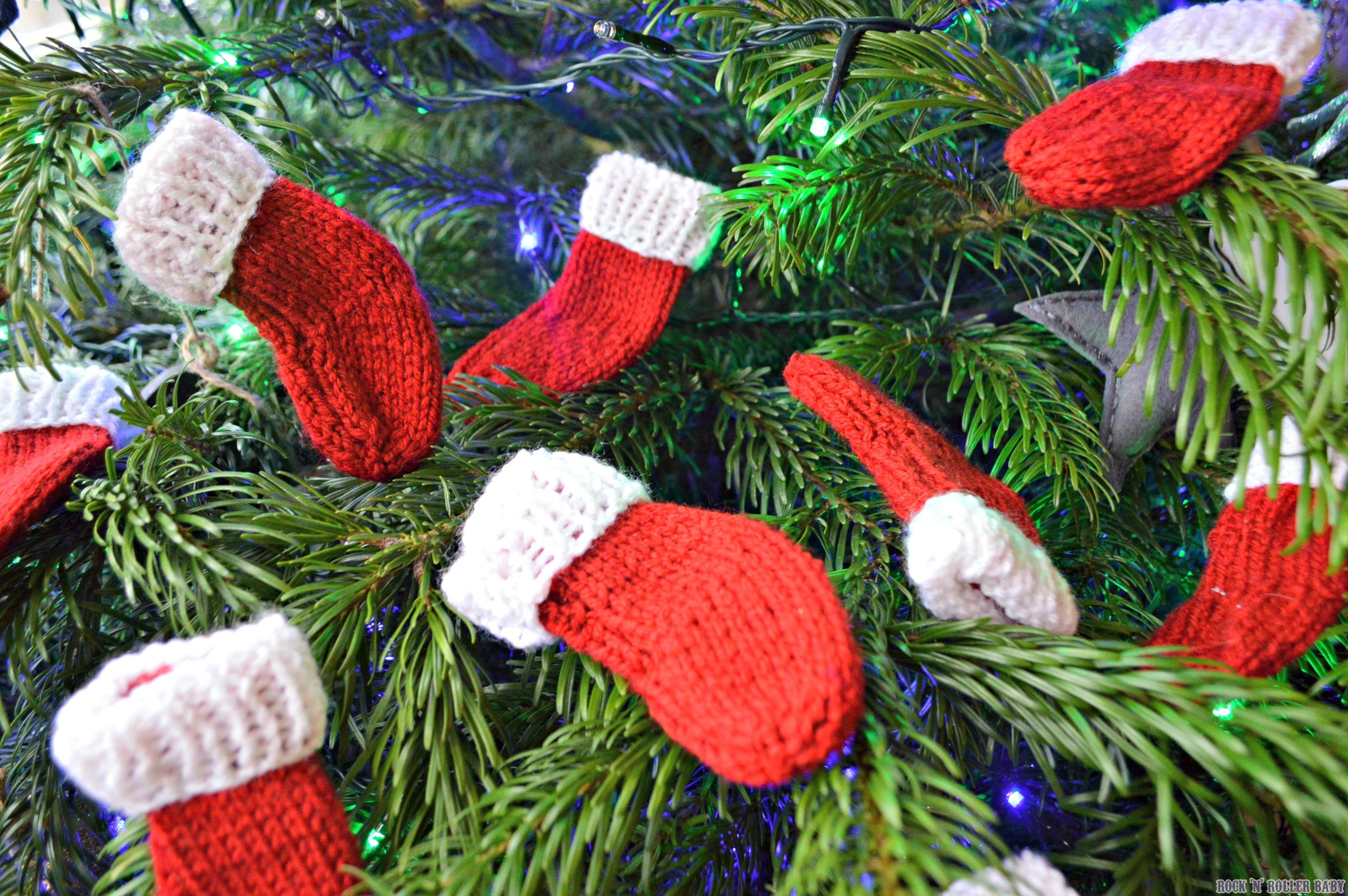 Free Knitted Christmas Tree Decorations Patterns Mini Christmas Stockings Free Knitting Pattern Rocknrollerba