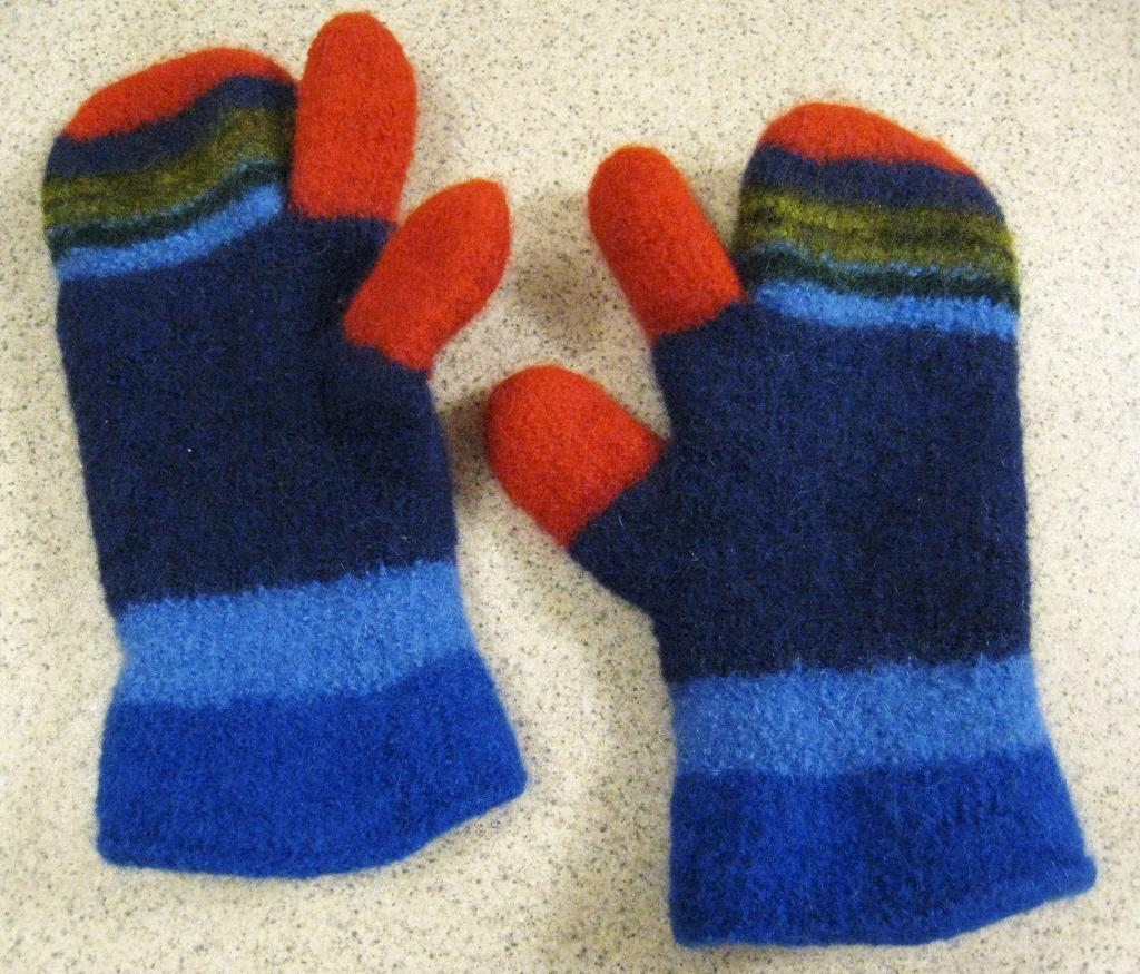Free Knitted Glove Patterns 10 Free Mitten Patterns To Knit