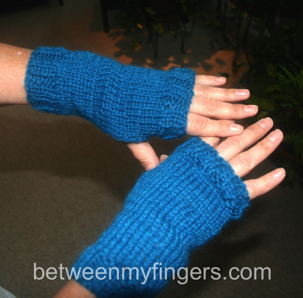 Free Knitted Glove Patterns Worlds Easiest Fingerless Gloves Free Knitting Pattern Between