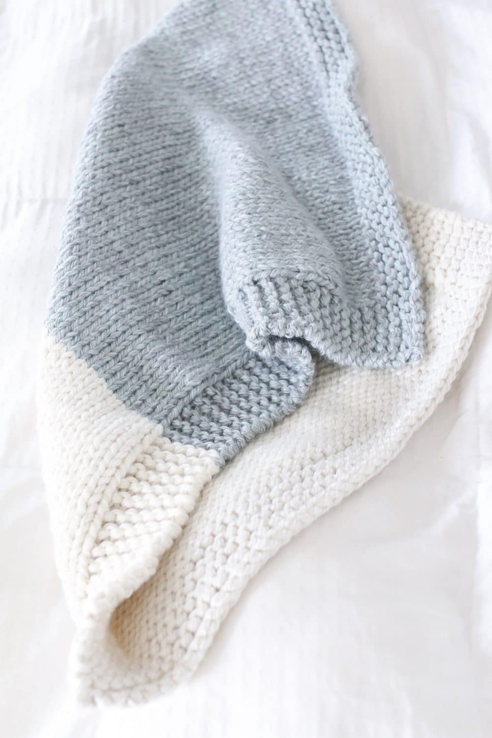 Free Knitting Patterns For Baby Blankets 4 Skein Knit Heirloom Ba Blanket The Sweeter Side Of Mommyhood