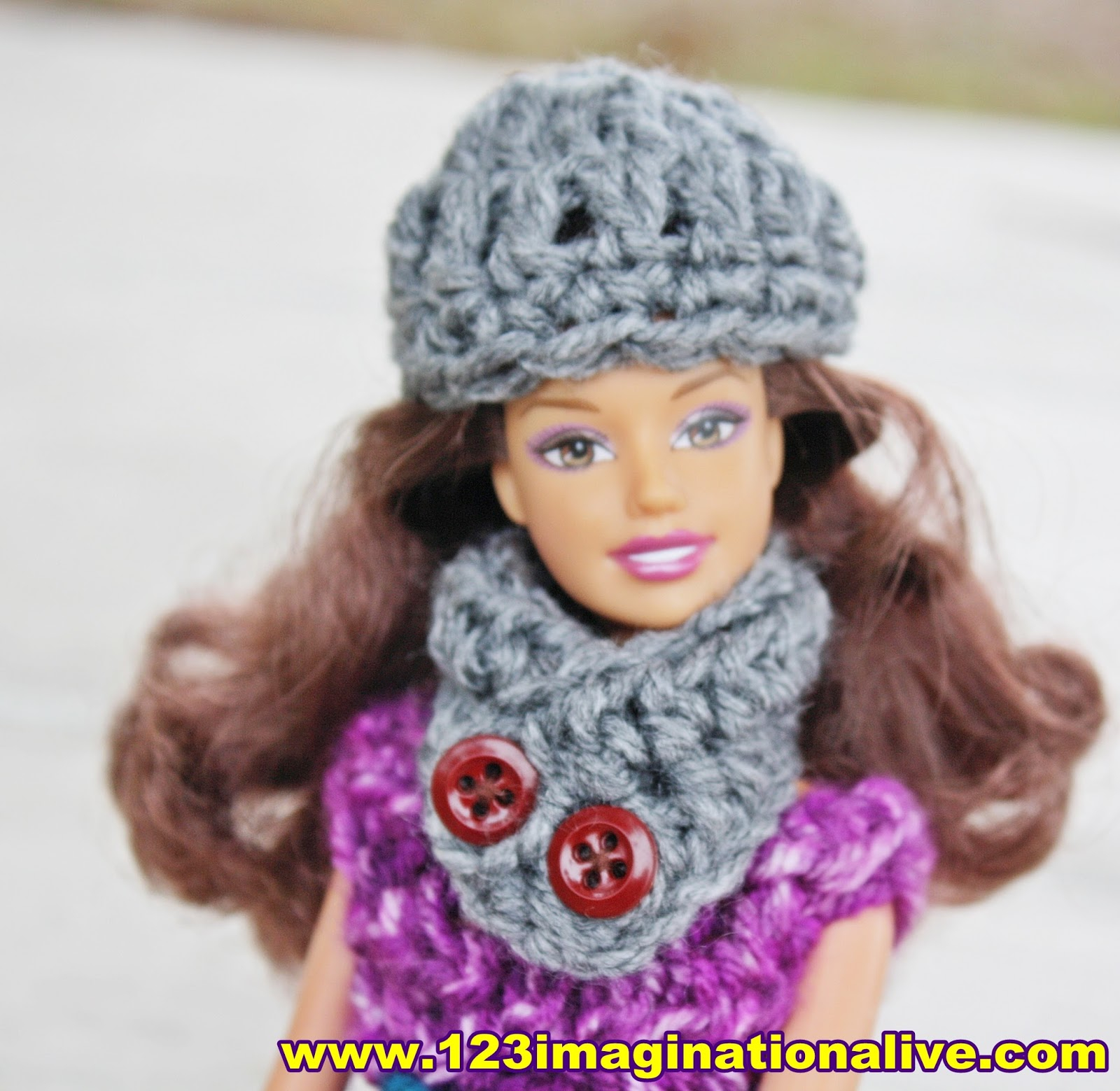 Free Knitting Patterns For Dolls Hats 123imaginationalive How To Crochet A Barbie Doll Hat Cowl Free