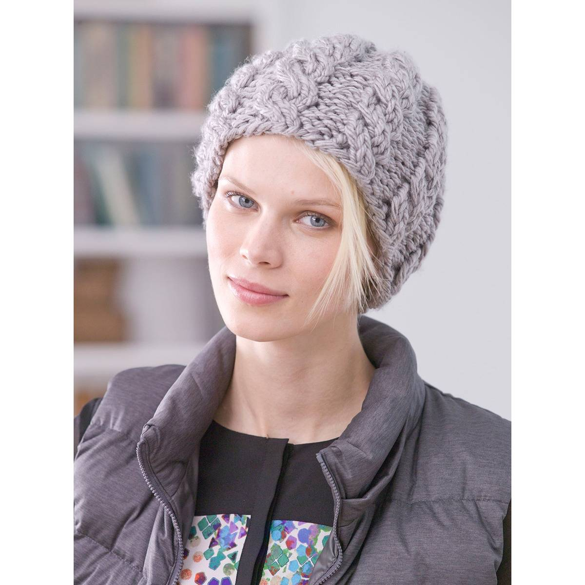 Free Knitting Patterns For Hats Uk Free Pattern Lion Brand Hometown Usa Cabled Hat L32325 Hobcraft