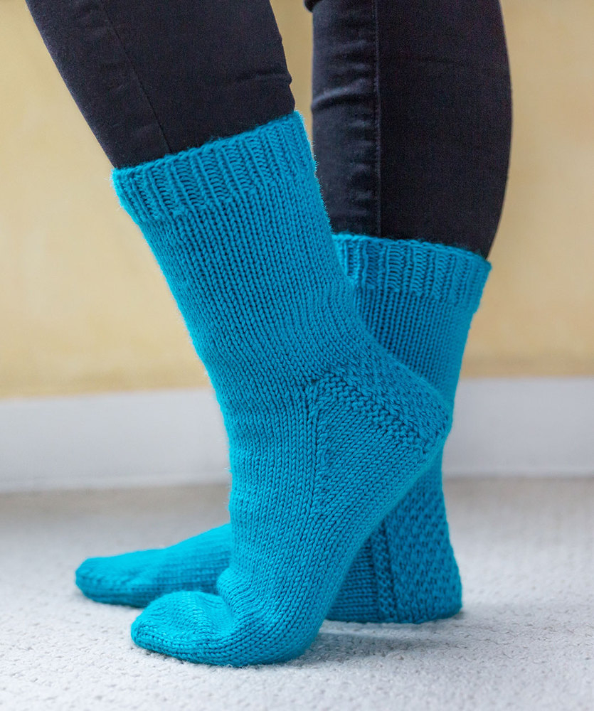 Free Knitting Patterns For Socks On Four Needles My First Socks Red Heart