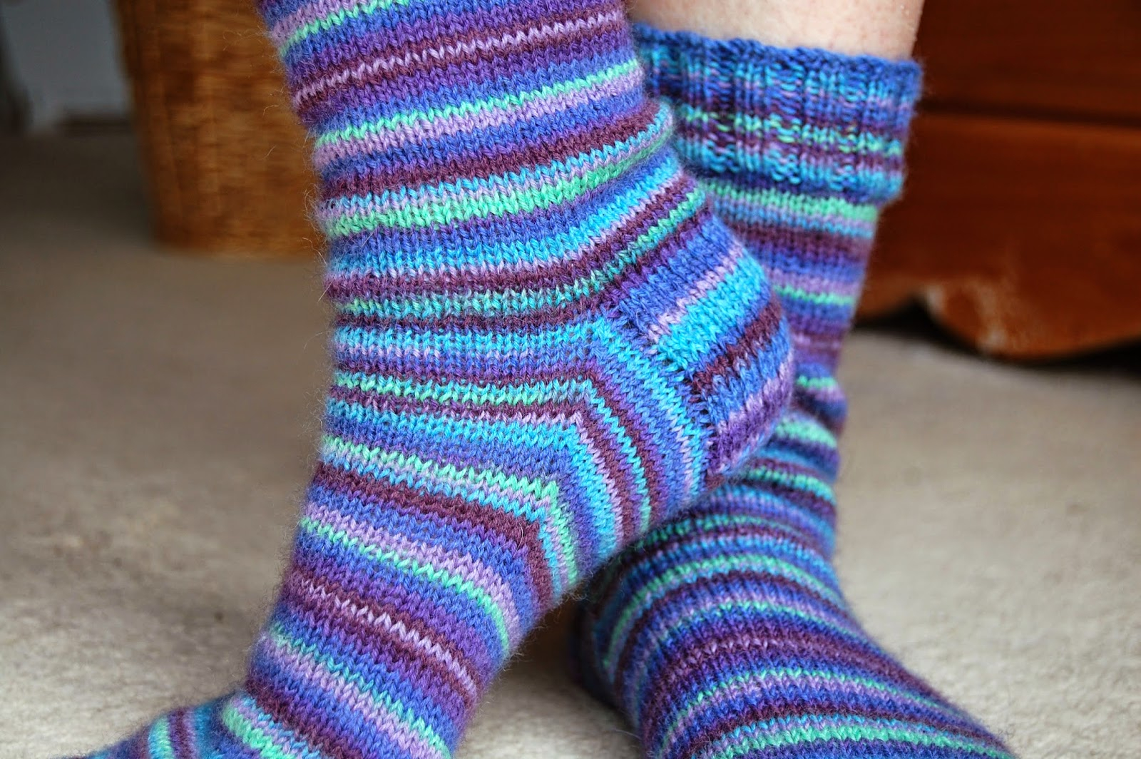 Free Knitting Patterns For Socks On Four Needles Winwick Mum Basic 4ply Sock Pattern And Tutorial Easy Beginner