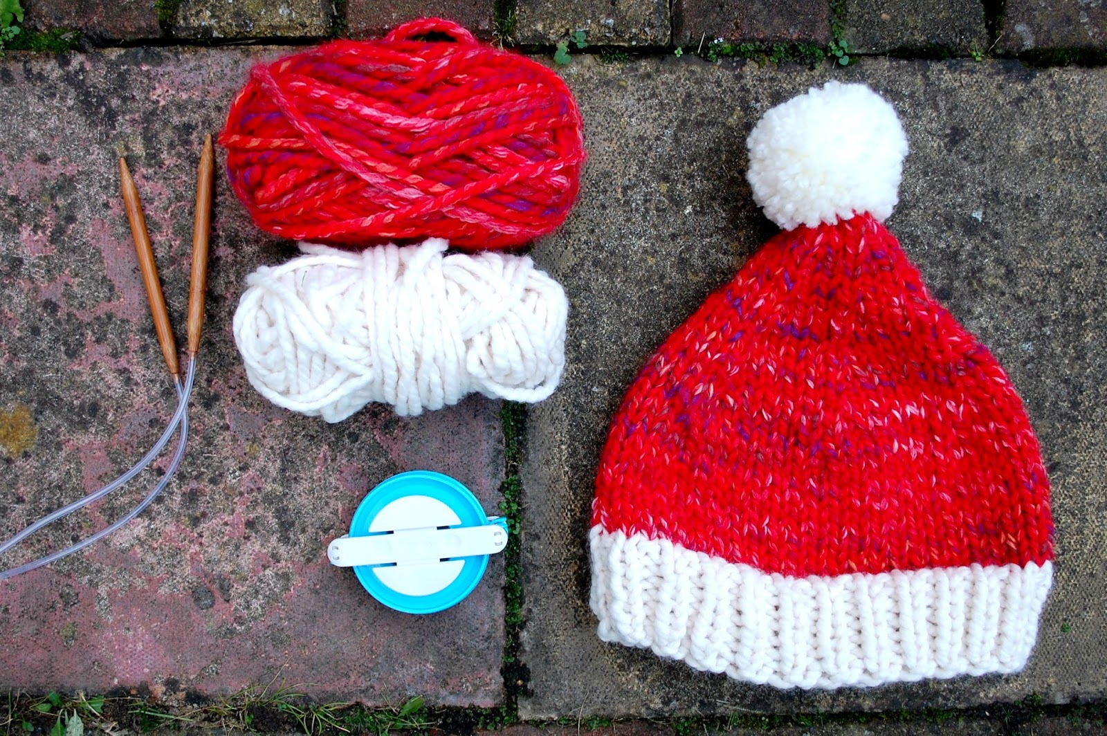Free Knitting Patterns For Super Chunky Yarn The Geeky Knitter Super Chunky Santa Hat Free Knitting Pattern