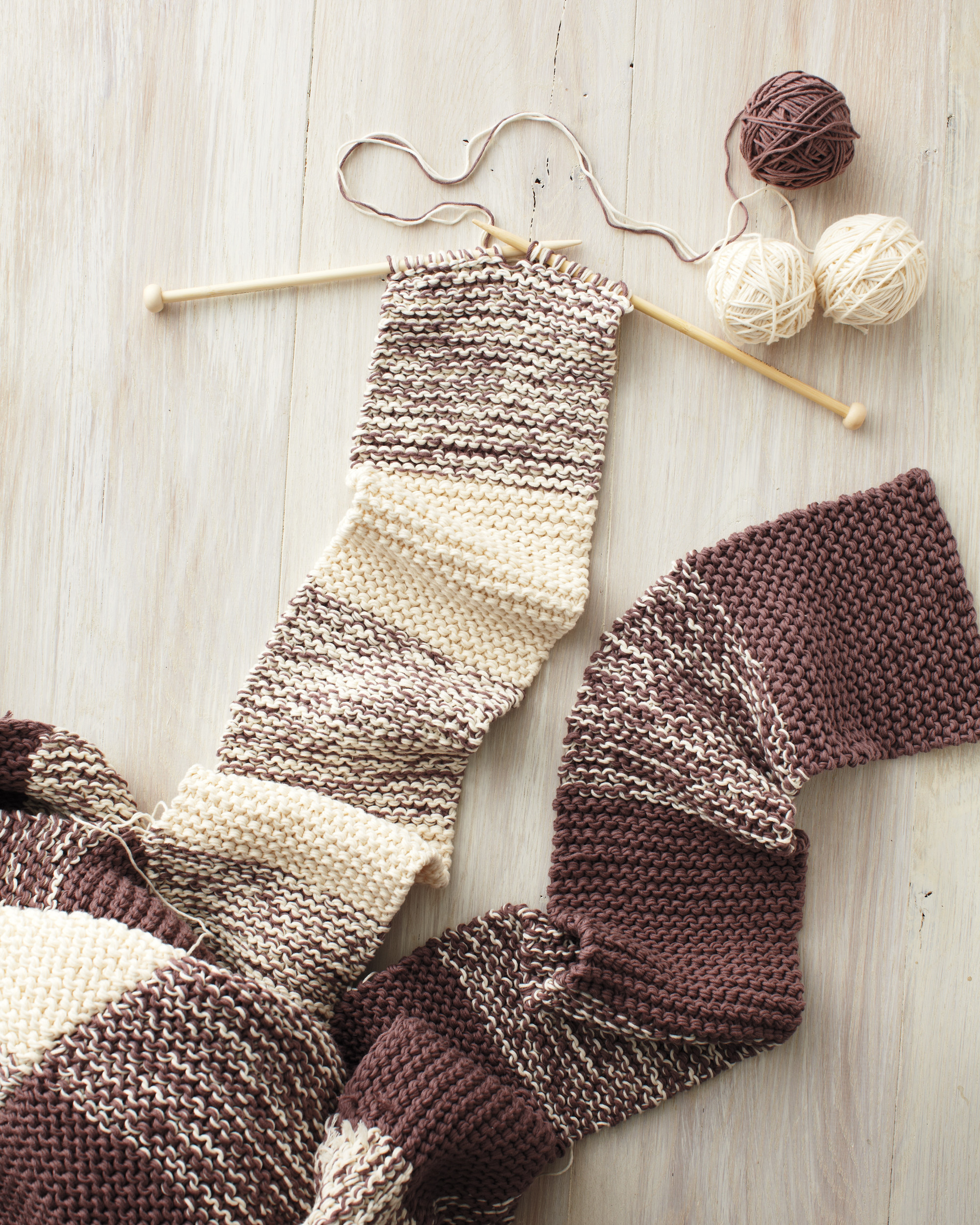Free Knitting Patterns For Teens Knitting Patterns For Beginners Martha Stewart