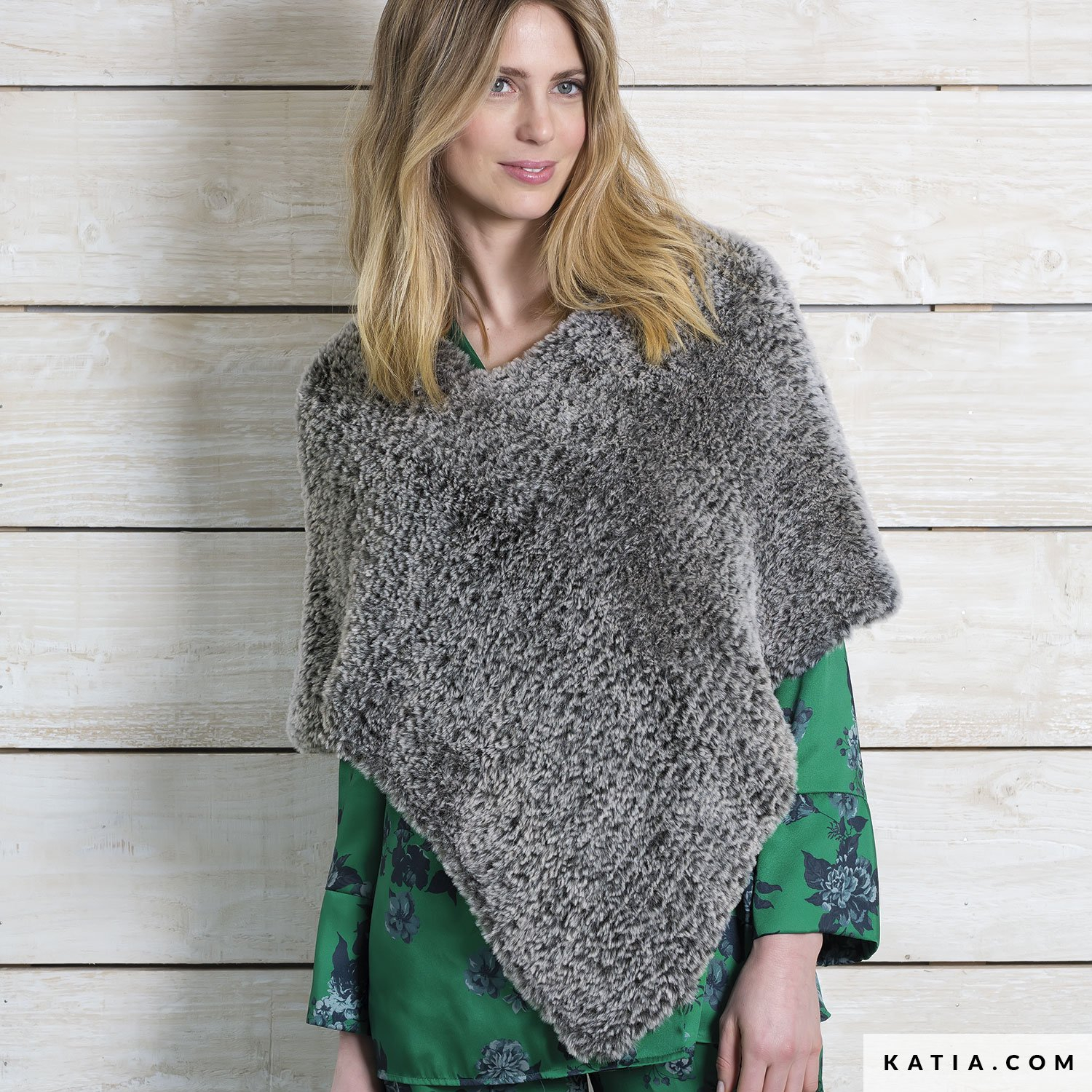 Free Knitting Patterns Poncho Free Poncho Knitting Patterns Australia