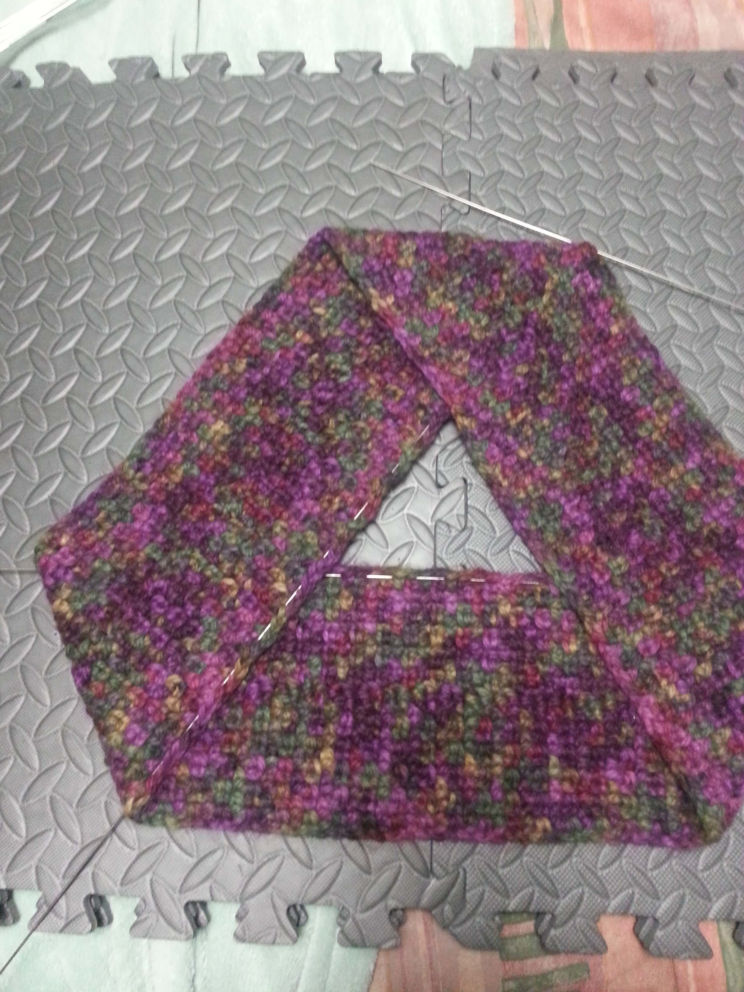 Free Mobius Scarf Knitting Pattern Blocking With A Twist Mamas2hands