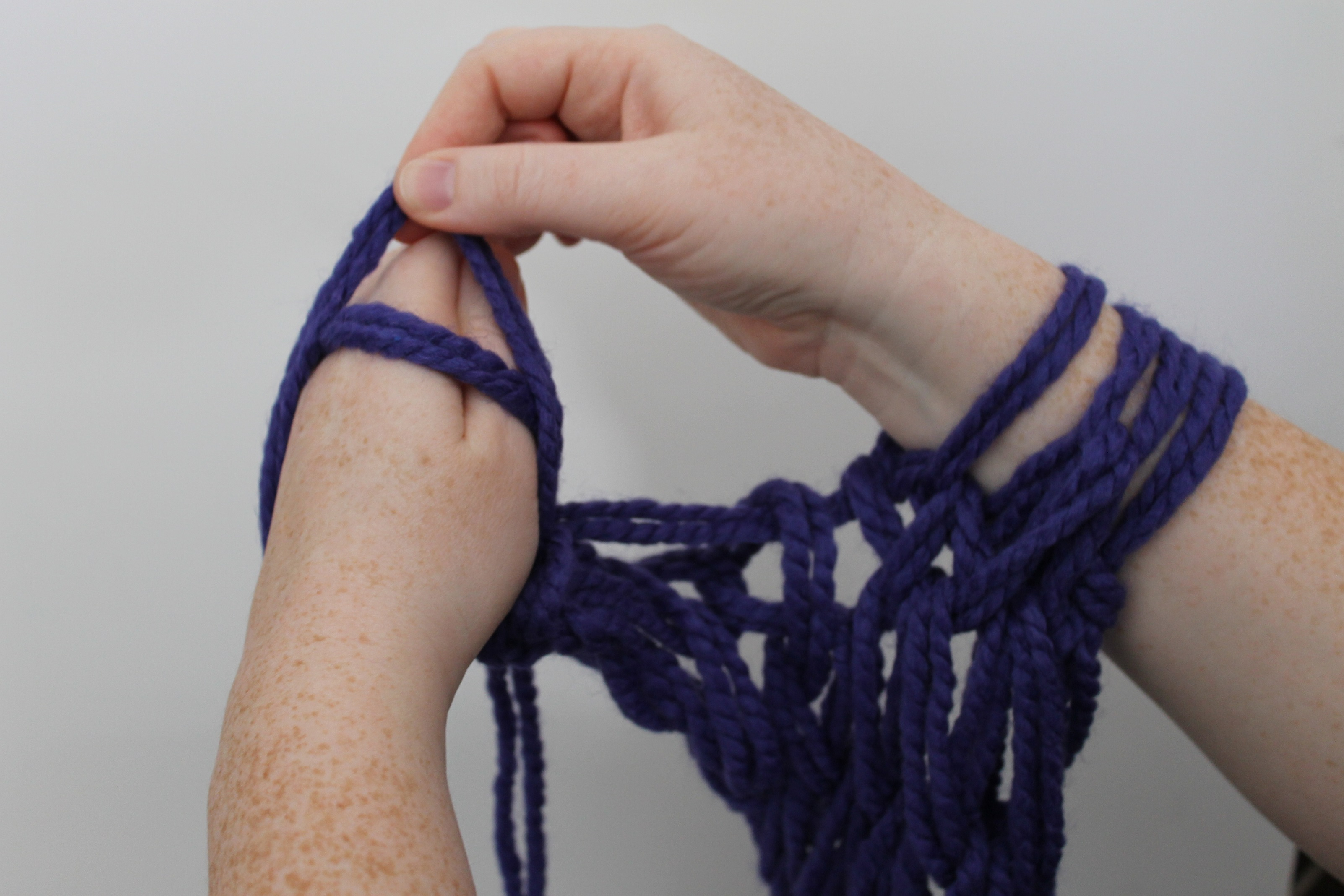 Hand Knit Scarf Pattern Arm Knitting Tutorial Youll Fall In Love With This Technique