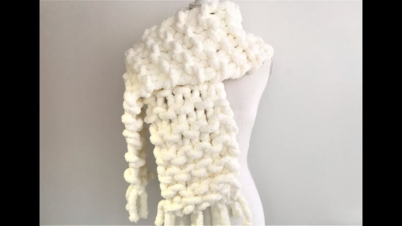 Hand Knit Scarf Pattern How To Hand Knit A Chunky Chenille Scarf With Fringes