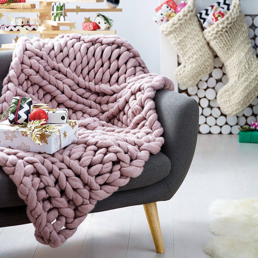 Hand Knitted Throw Patterns Welcombe Chunky Hand Knitted Throw