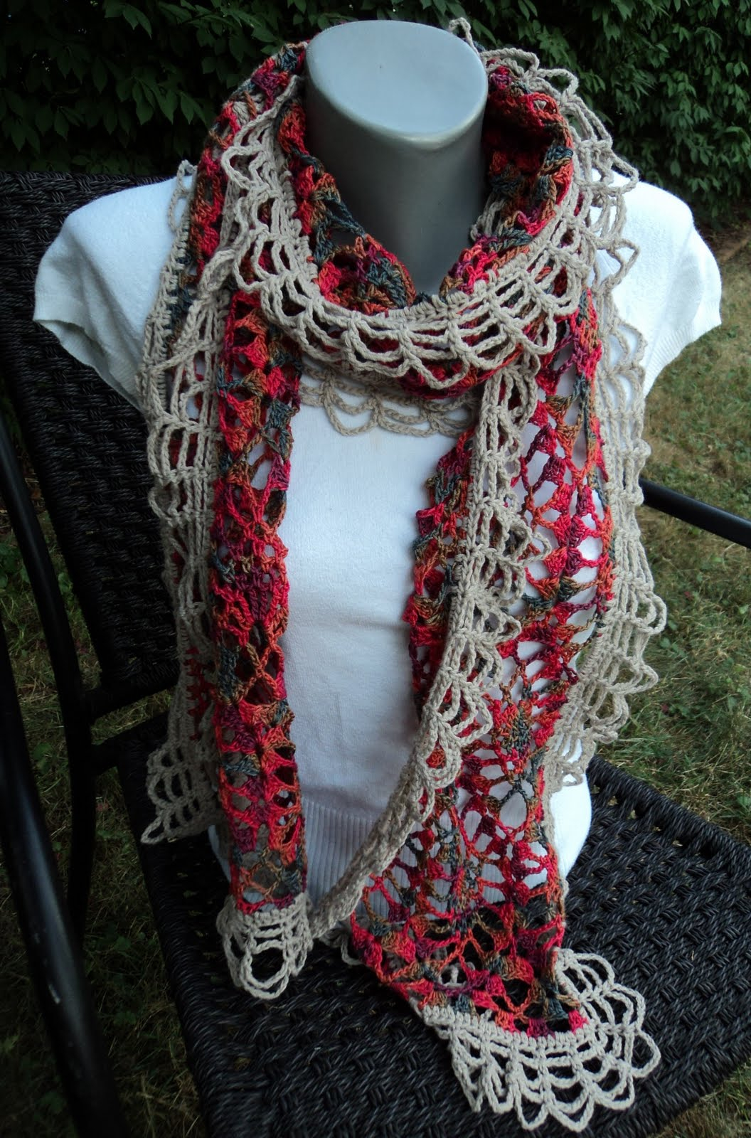 How To Knit A Ruffle Scarf Free Pattern Free Crochet Pattern Ruffle Scarf Crochet Patterns Tutorials And