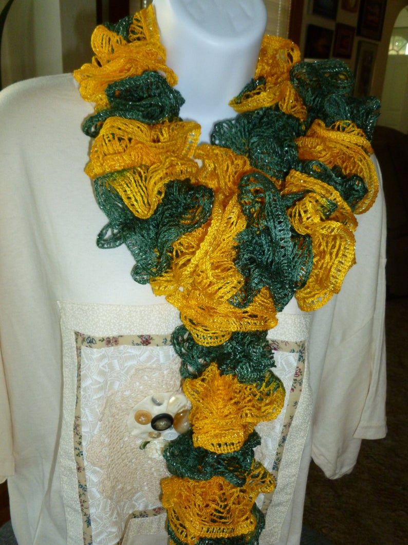 How To Knit A Ruffle Scarf Free Pattern Green And Gold Ruffled Scarf Free Shipping