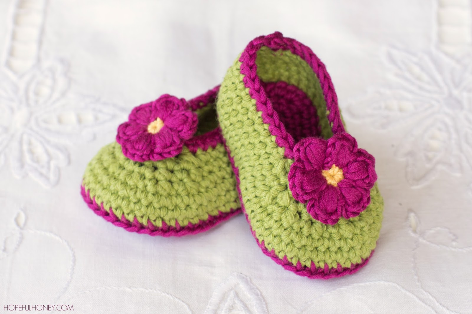 Knit Booties Pattern Free Easy To Make Crochet Booties Crochet And Knitting Patterns 2019