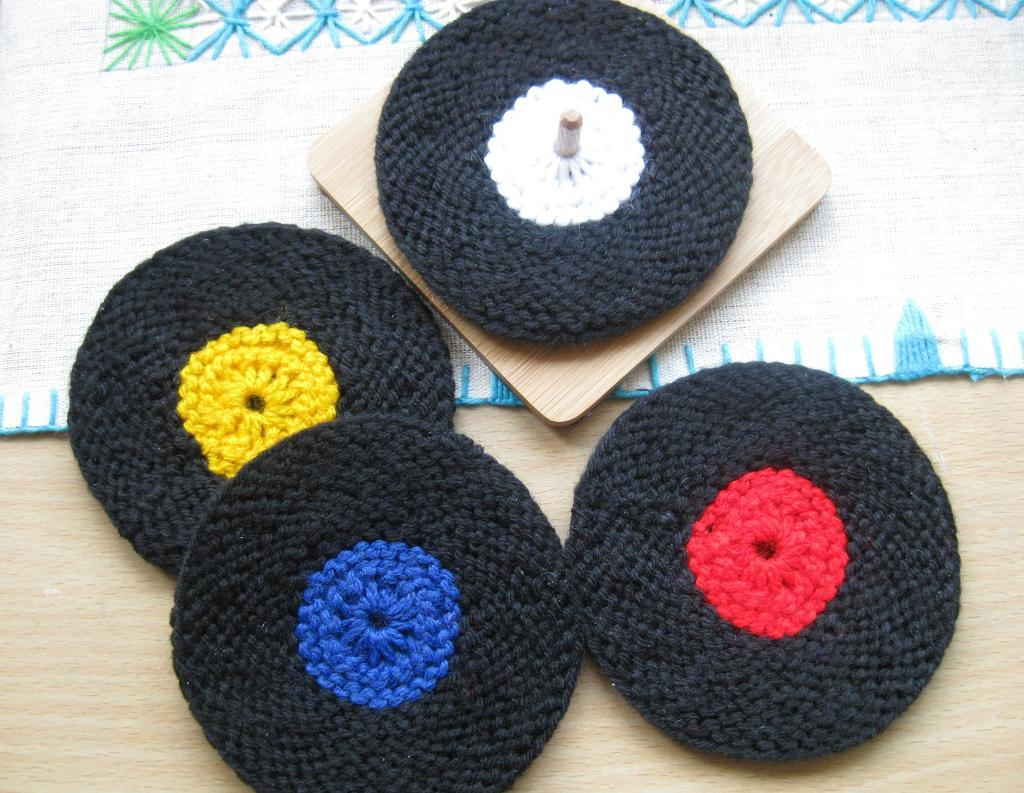 Knit Circle Pattern Show Off Your Music Obsession With Music Knitting Patterns