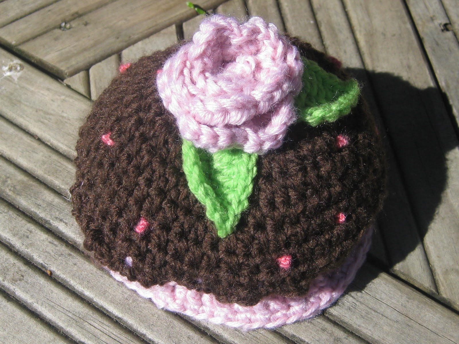 Knitted Cupcake Hat Pattern Knot Your Nanas Crochet Newborn Cupcake Hat