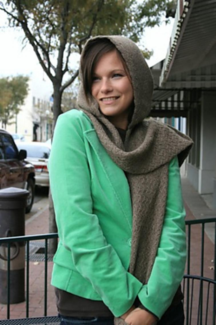 Knitted Hood Scarf Pattern Free Knitting Pattern Bijou Hooded Scarf With Pockets I Sew Free