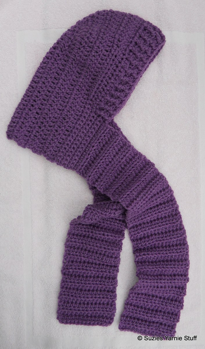 Knitted Hood Scarf Pattern Suzies Stuff Childs Hooded Scarf
