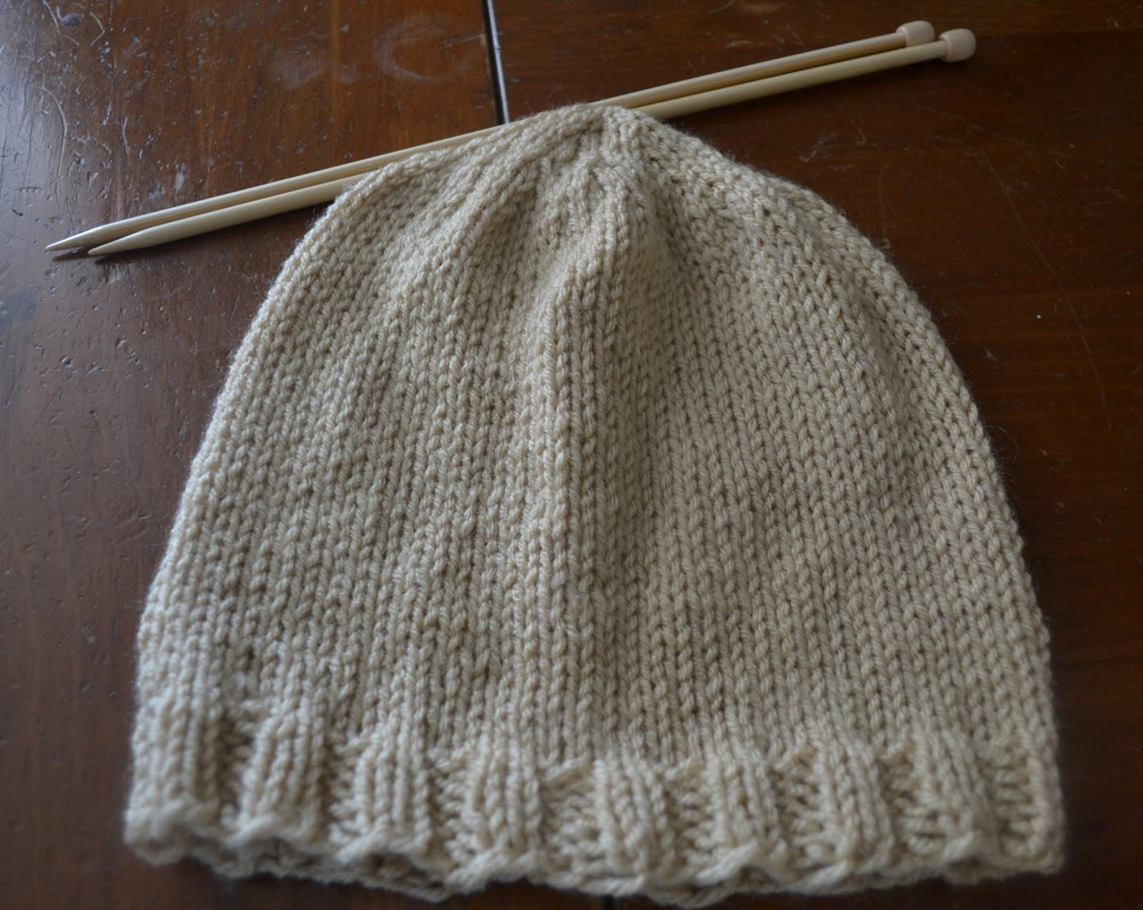 Knitted Mens Hat Patterns Free Knitting Pattern Basic Mens Beanie Chronicles Of A Knaptime