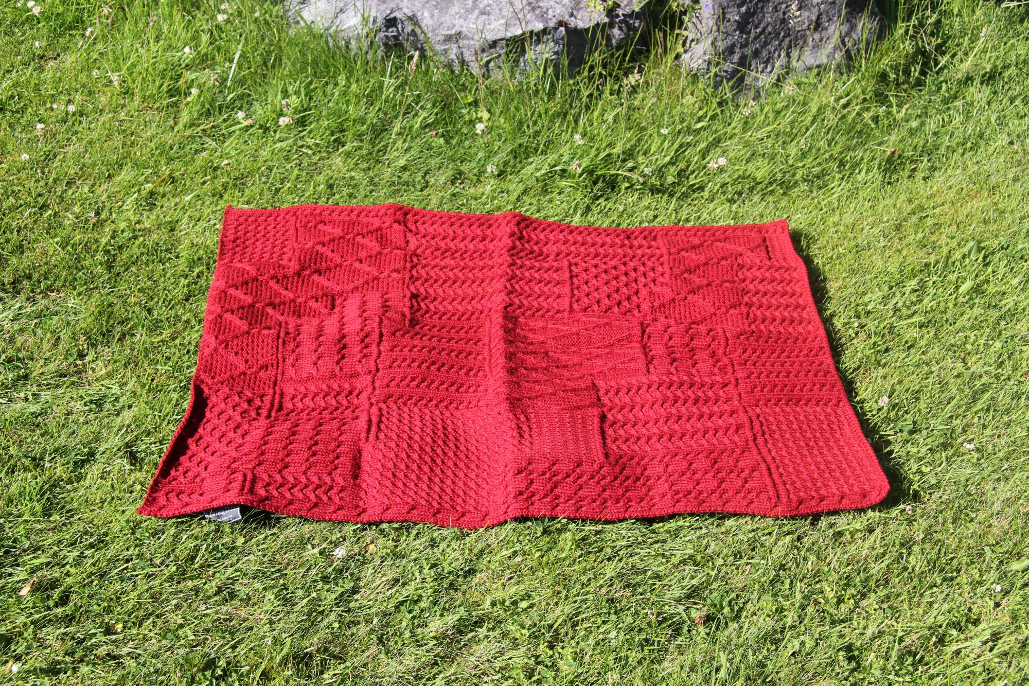 Knitting Baby Blankets Patterns Soft Aran Knit Ba Blankets
