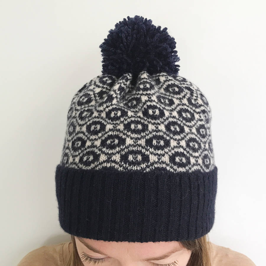 Knitting Pattern Bobble Hat Ladies Knitted Lambswool Winter Bobble Hat