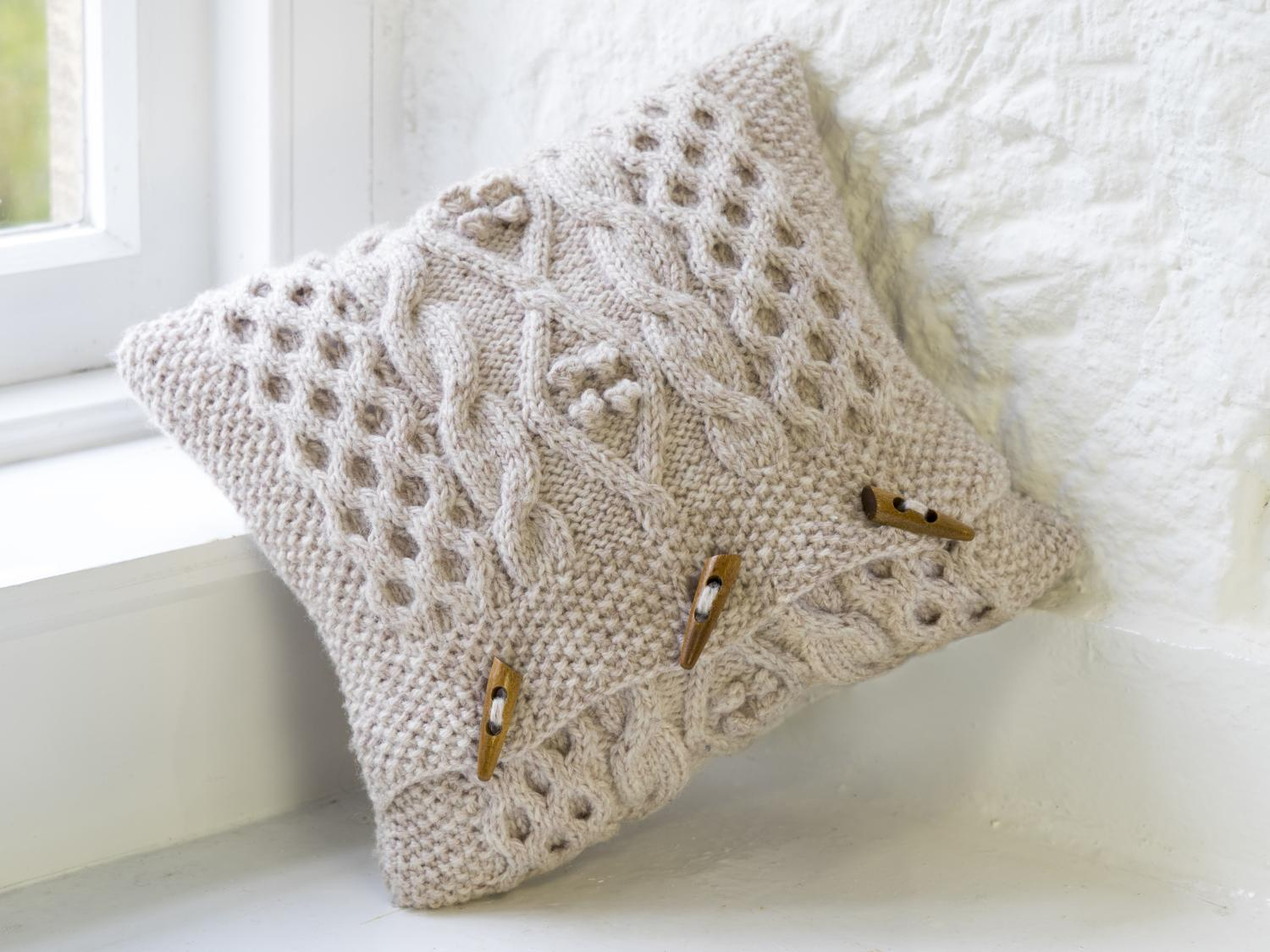 Knitting Pattern For Cushion Cover With Cables Cable Cushion Cover Aran Pattern