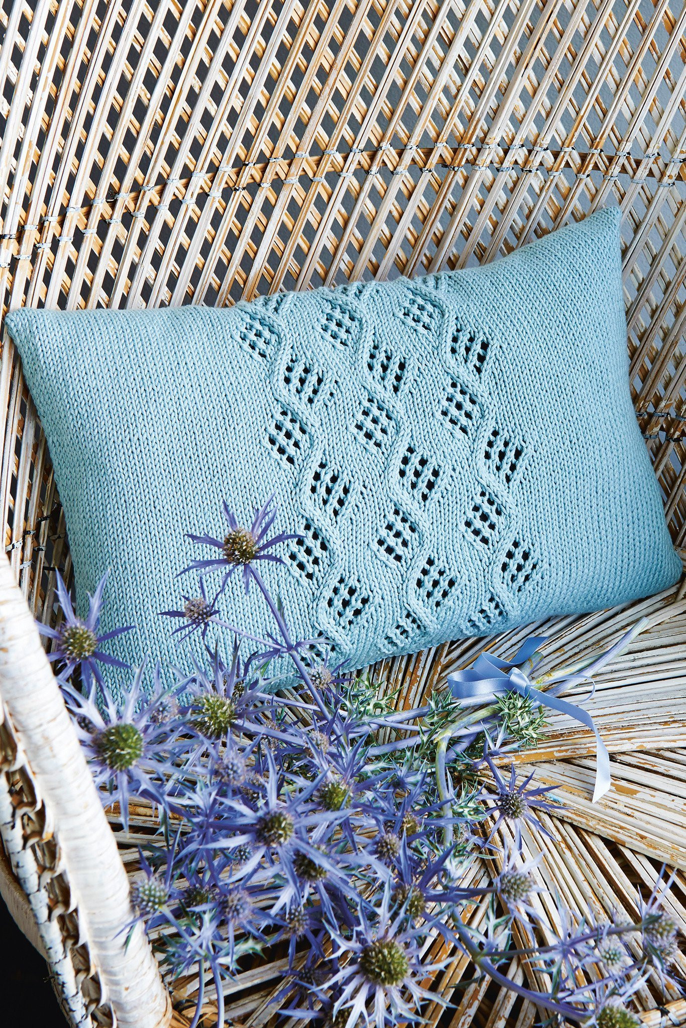 Knitting Pattern For Cushion Cover With Cables Cable Cushion Cover Knitting Pattern