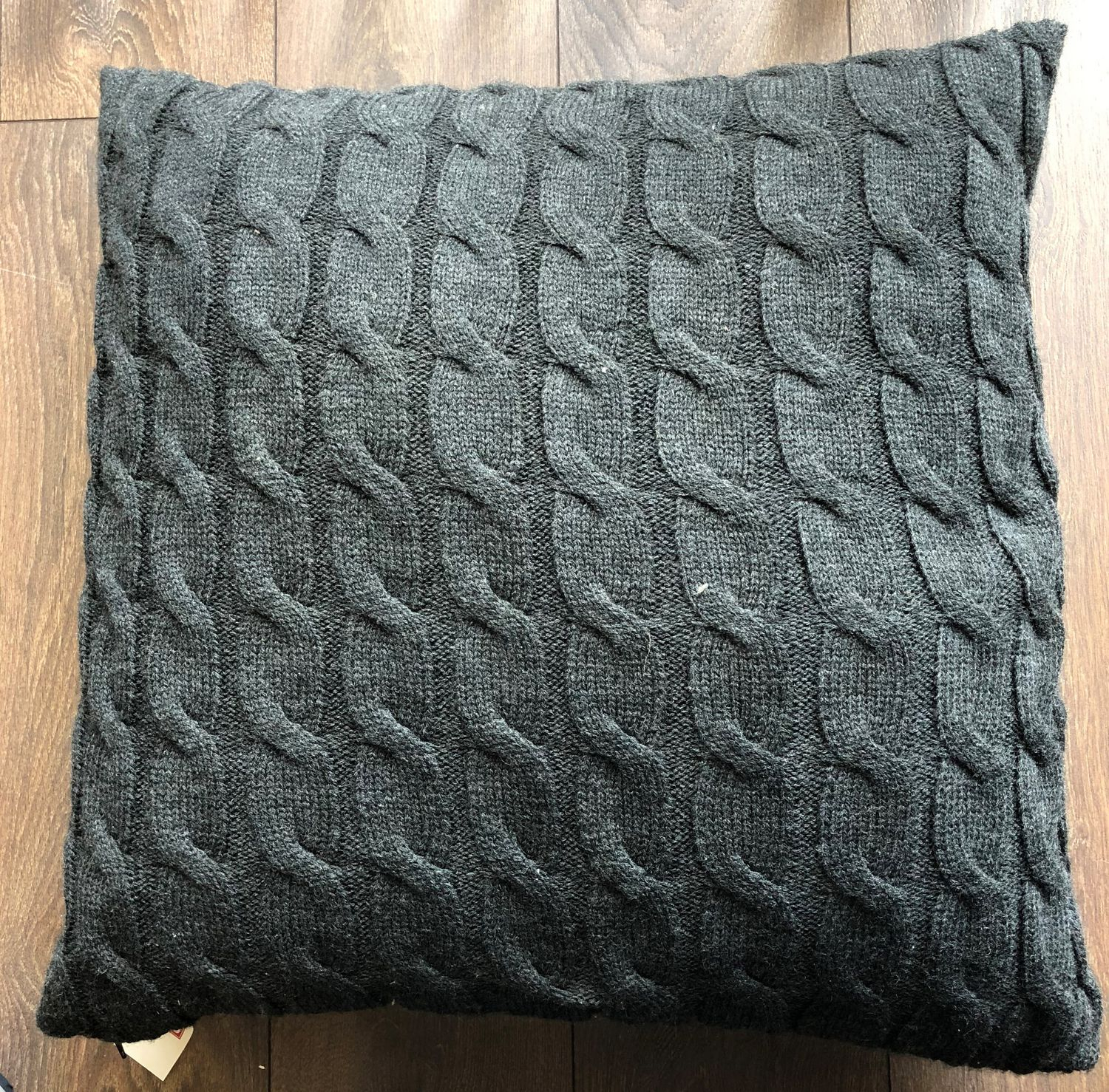 Knitting Pattern For Cushion Cover With Cables Fabstyles Cable Knit Grey Poly Filled Cushion Cover Walmart Canada