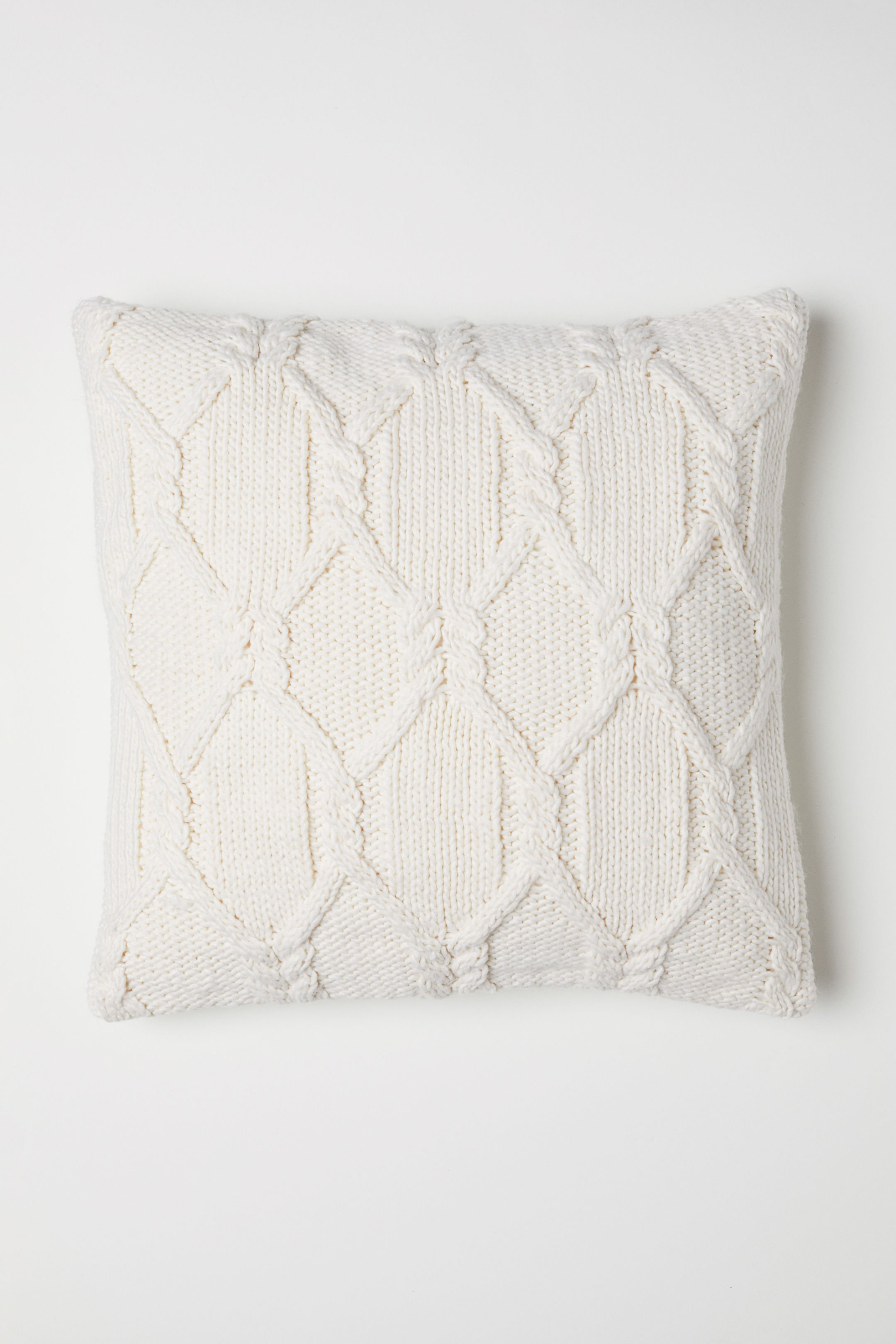 Knitting Pattern For Cushion Cover With Cables Shop Cable Knit Cushion Cover Online Hm Uae