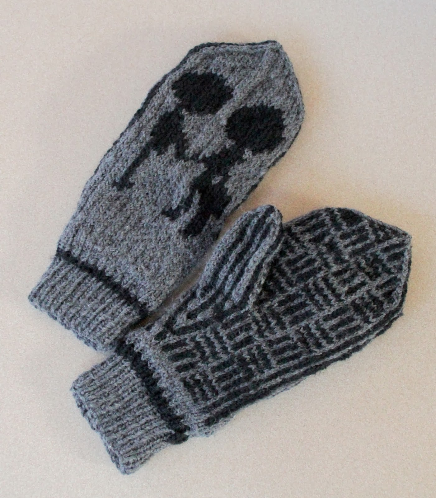 Knitting Pattern For Gloves Best Of Radiohead Mittens Knitting Pattern