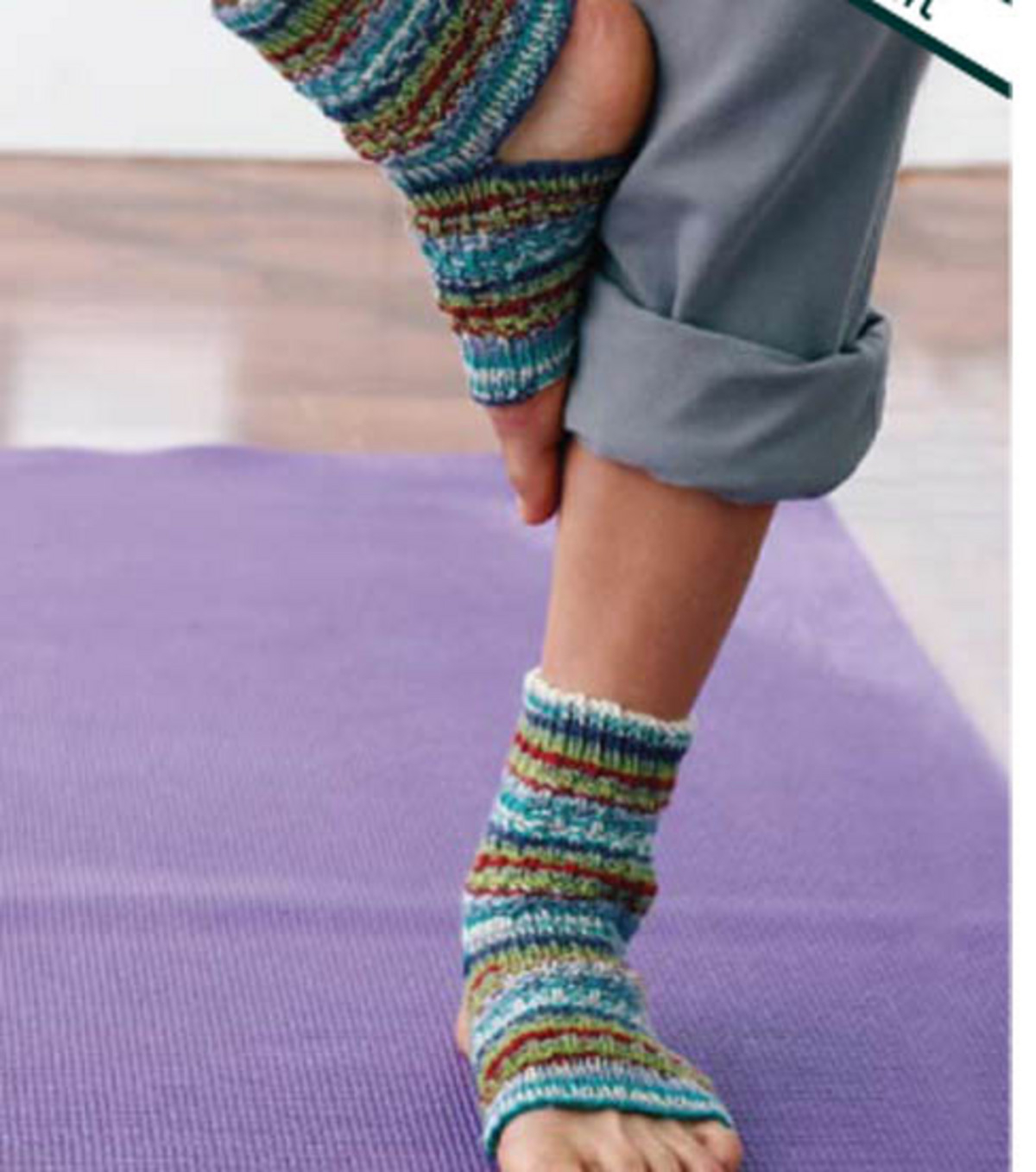Knitting Pattern For Yoga Socks Knit A Pair Of Yoga Socks Free Knitting Pattern