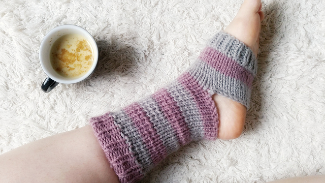Knitting Pattern For Yoga Socks Weekend Projects Knitted Yoga Socks The Blog Usuk Diy