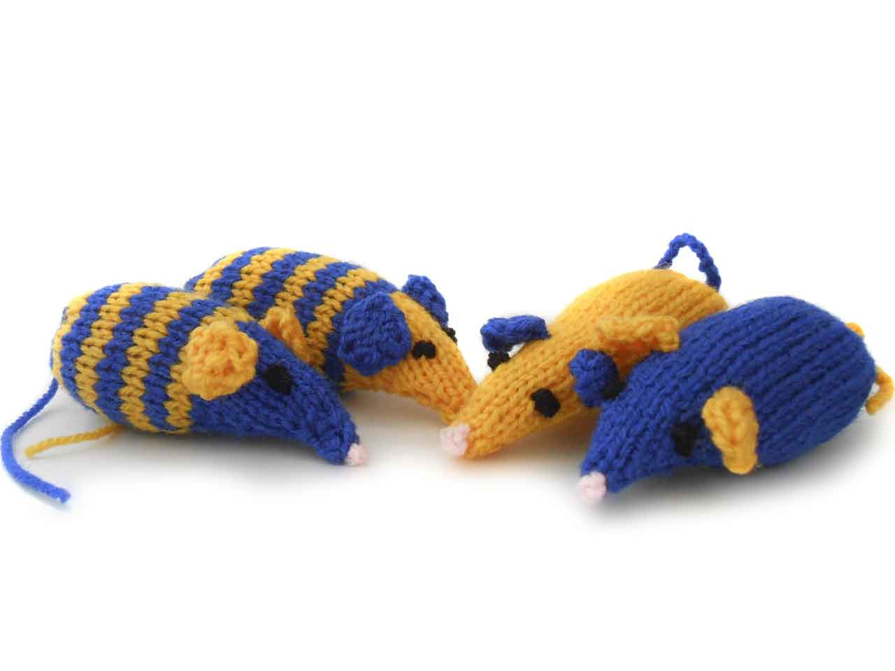 Knitting Patterns For Cat Toys Knitted Catnip Mice Saga