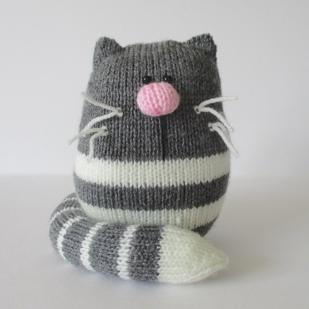 Knitting Patterns For Cat Toys The Worlds Best Photos Of Handknitting And Toy Flickr Hive Mind