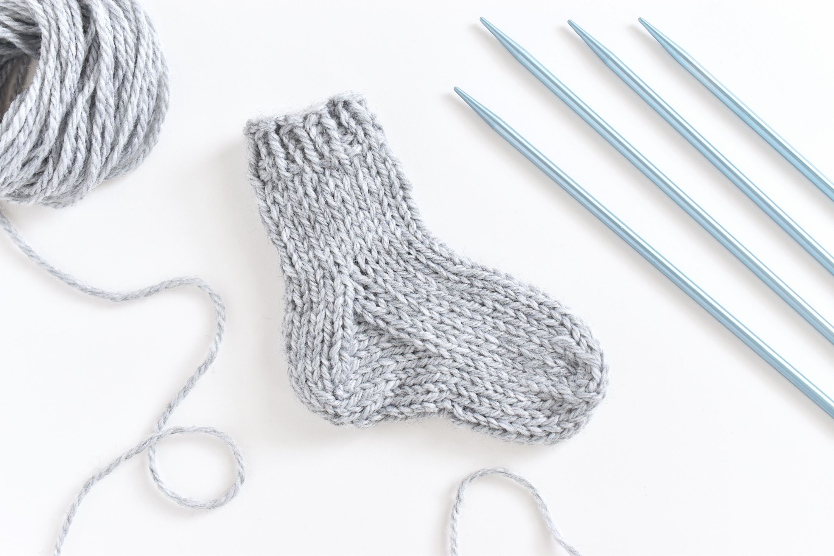 Knitting Patterns For Socks Knit A Small Sock With A Step Step Practice Pattern