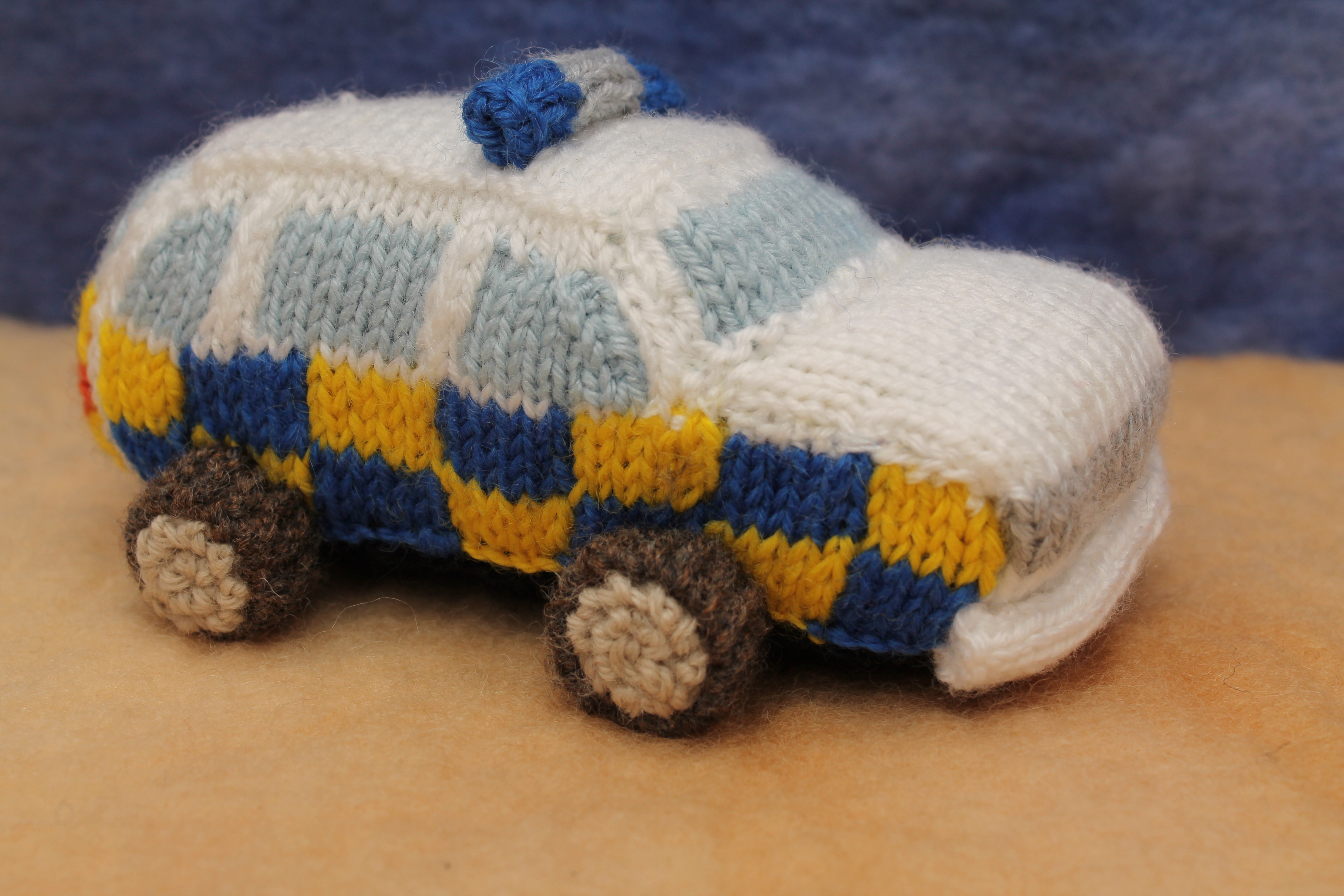 Knitting Patterns For Toys Uk Knitted Uk Police Officers Knits Sachi
