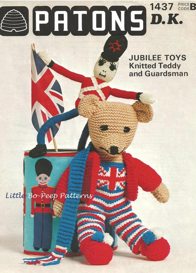 Knitting Patterns For Toys Uk Union Jack Teddy Bear And Guardsman Knitting Pattern Download